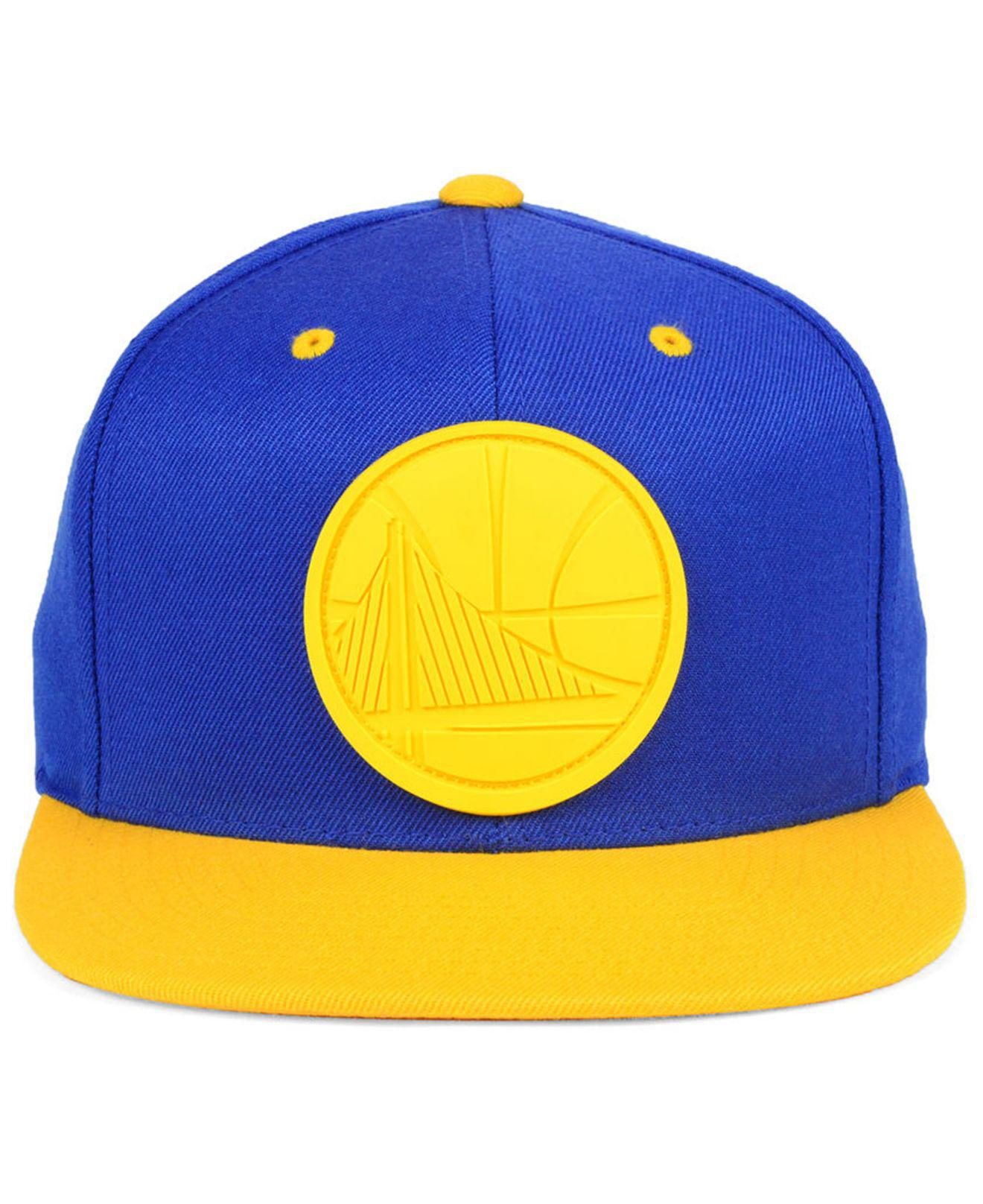 hot sale online 62e16 6db71 Mitchell   Ness Golden State Warriors Rubber Weld Snapback Cap in ...