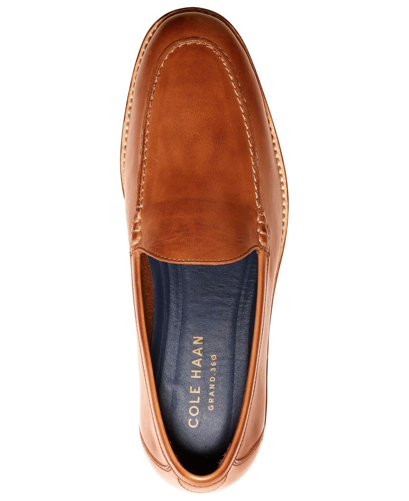 9395d834fb5 ... Feathercraft Grand Venetian Loafers for Men - Lyst. View fullscreen