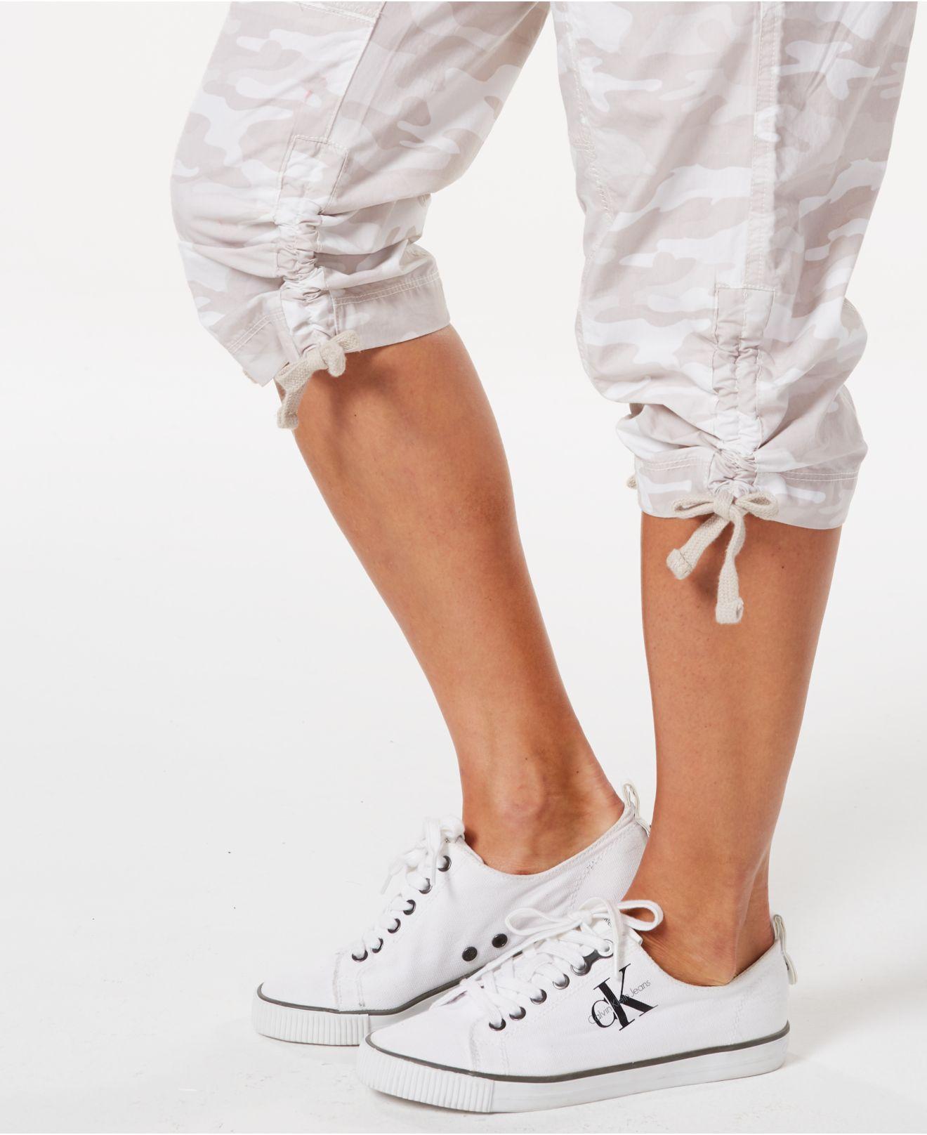 bc8dd4d66 Calvin Klein - White Performance Printed Tie-hem Capri Pants - Lyst. View  fullscreen