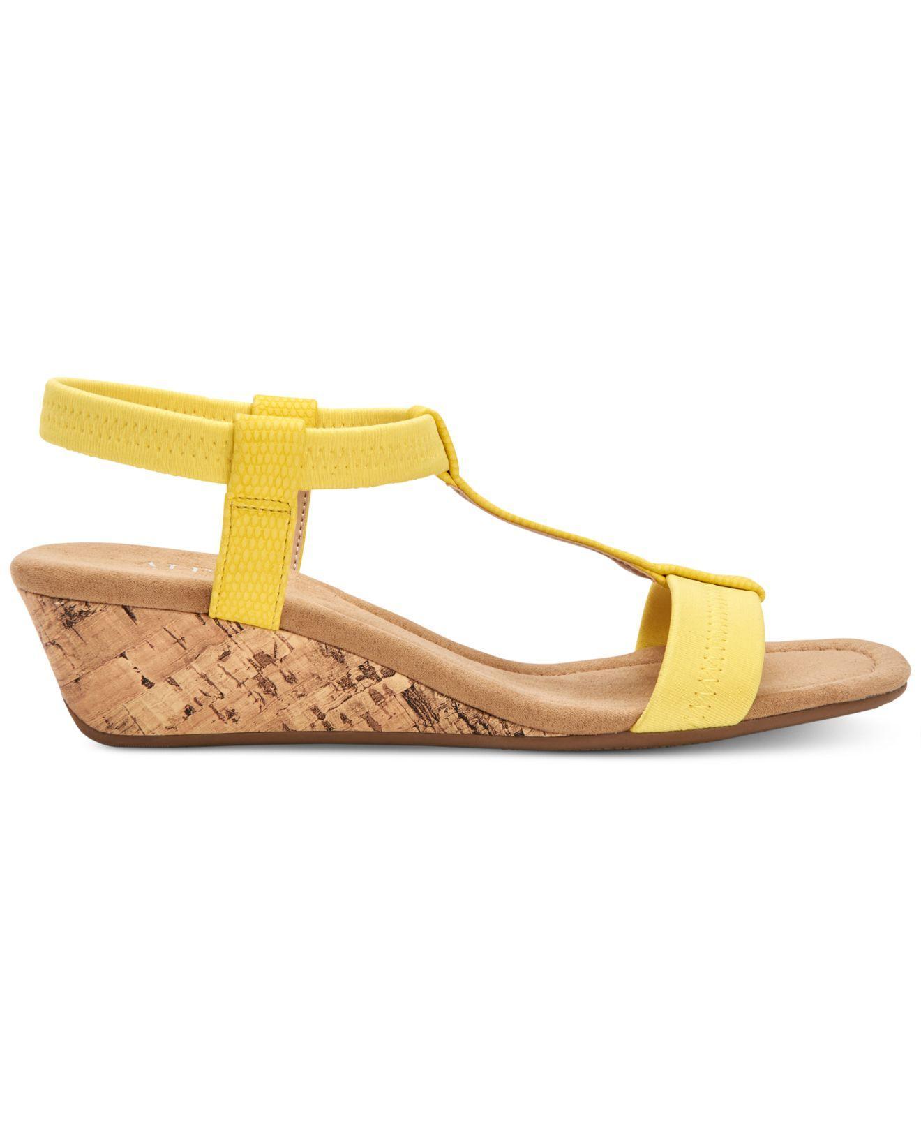437f283bb80 Lyst - Alfani Step  n Flex Voyage Wedge Sandals