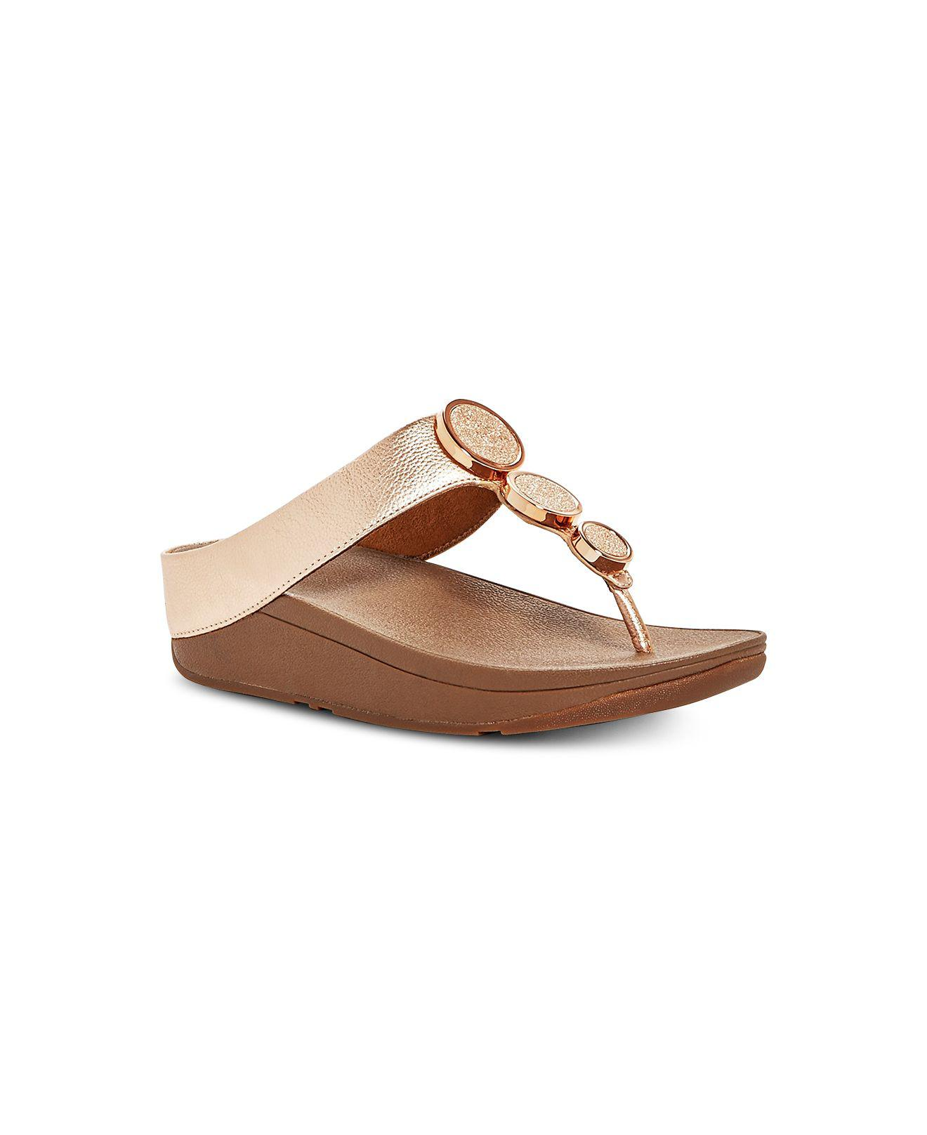 54fc8dc0350 Lyst - Fitflop Halo Toe-thong Sandals in Brown - Save 5%