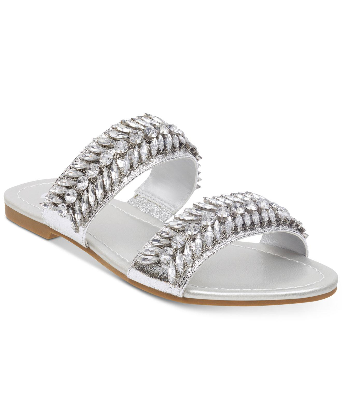 G Guess By Metallic Hiw2yed9 Flat Hd29ewybei Sandals Lyst Luxeen In f7y6IYgvb