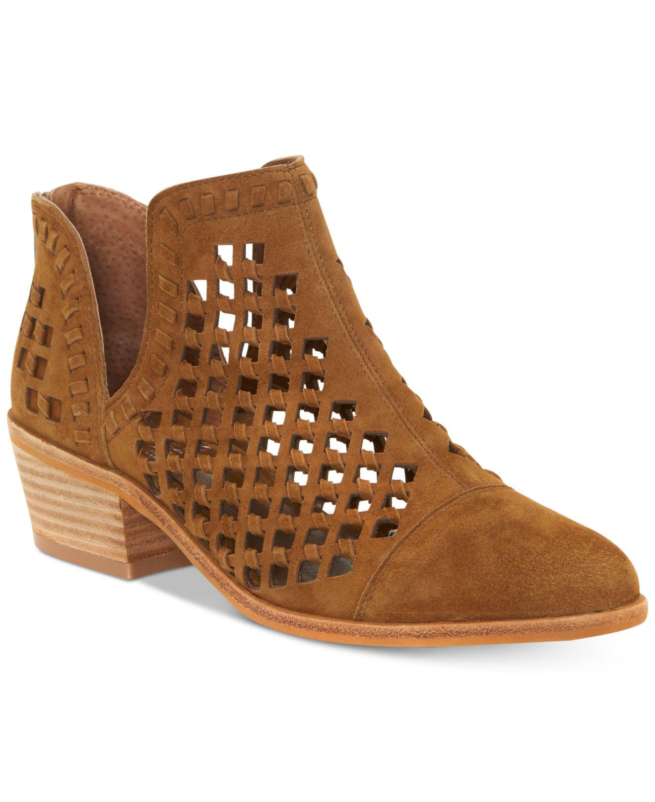 2cbeef55d11 Lyst - Vince Camuto Photriena Booties in Brown - Save 55%