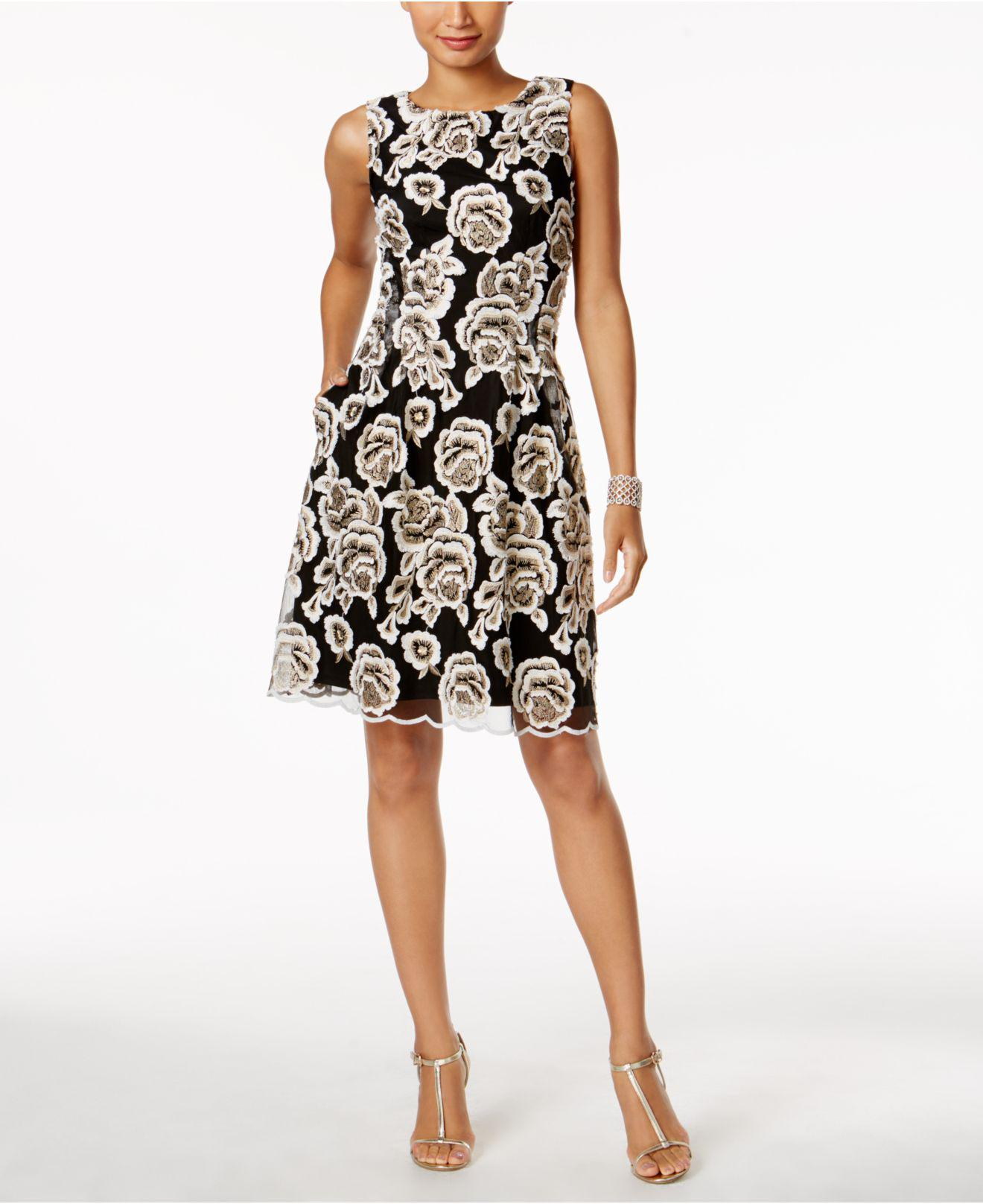 1024c85850632 Lyst - Ivanka Trump Floral Embroidered Fit   Flare Dress in Black