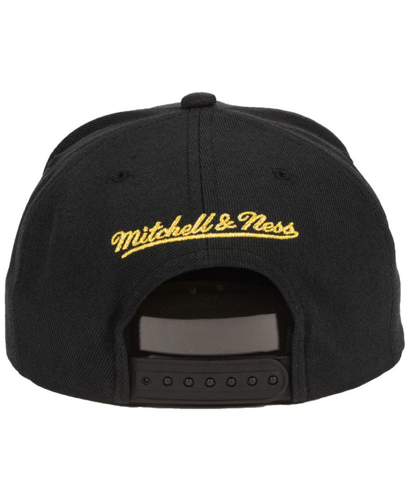 best loved faf23 34bd5 ... where can i buy mitchell ness golden state warriors metallic tempered  snapback cap for men lyst