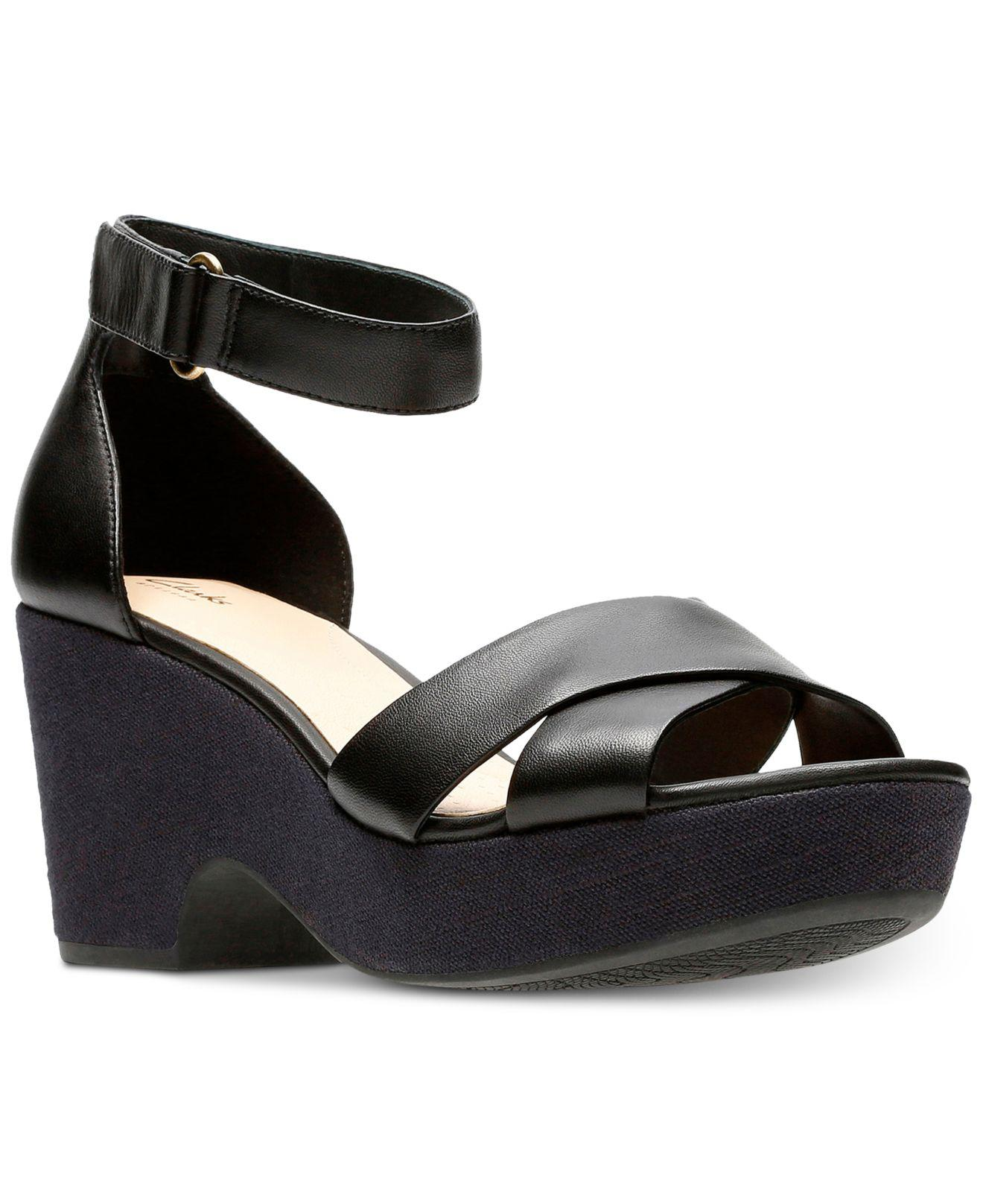 Clarks  Women's Black Maritsa Ruth Wedge Sandals
