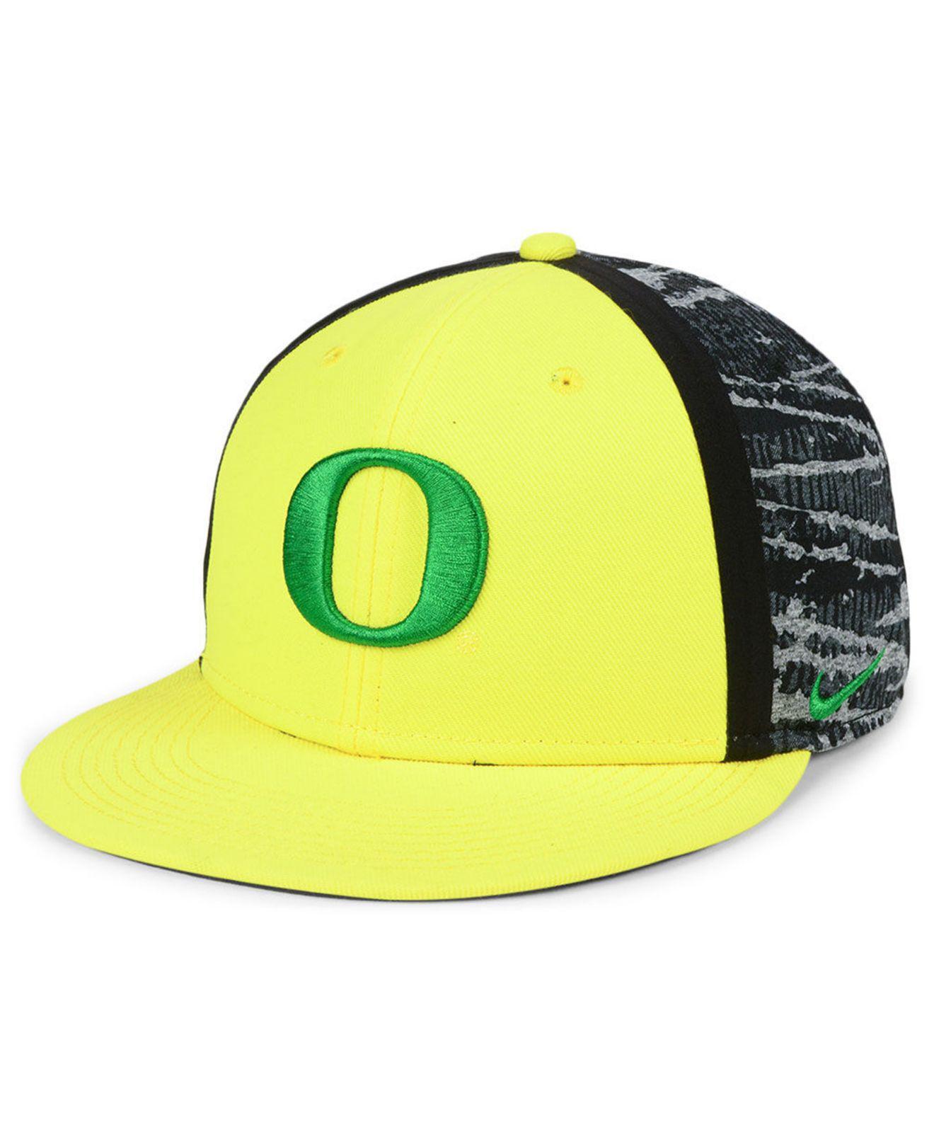 2096021cab5 Lyst - Nike Oregon Ducks Dna True Snapback Cap in Yellow for Men