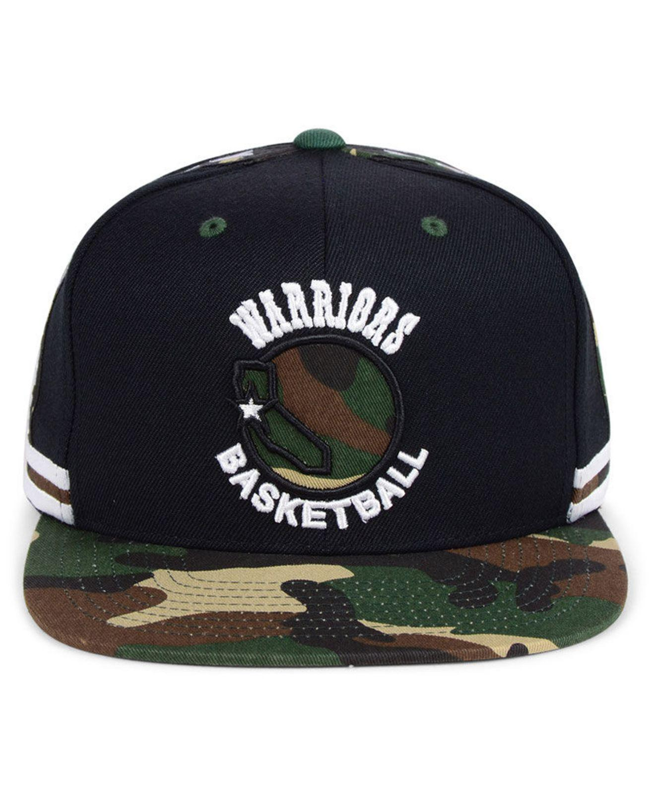 1eeccd60ee8 Lyst - Mitchell   Ness Golden State Warriors Straight Fire Camo Hook  Snapback Cap in Black for Men