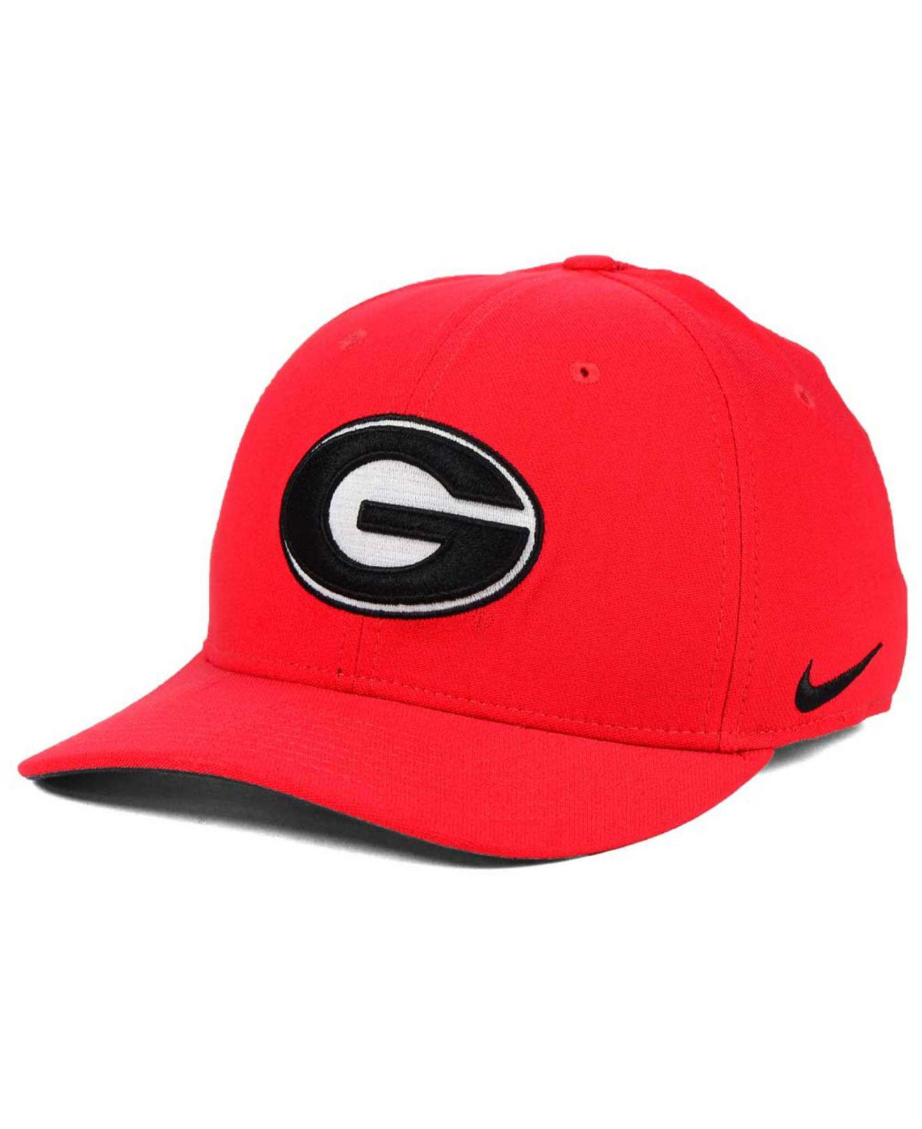 966eeb4d6ea3f Lyst - Nike Georgia Bulldogs Classic Swoosh Cap in Red for Men