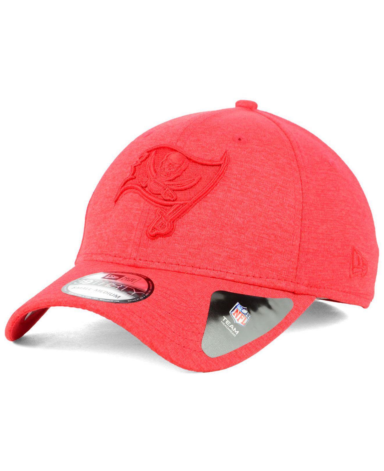 check out e1e19 72719 KTZ. Men s Red Tampa Bay Buccaneers Tonal Heat 39thirty Cap
