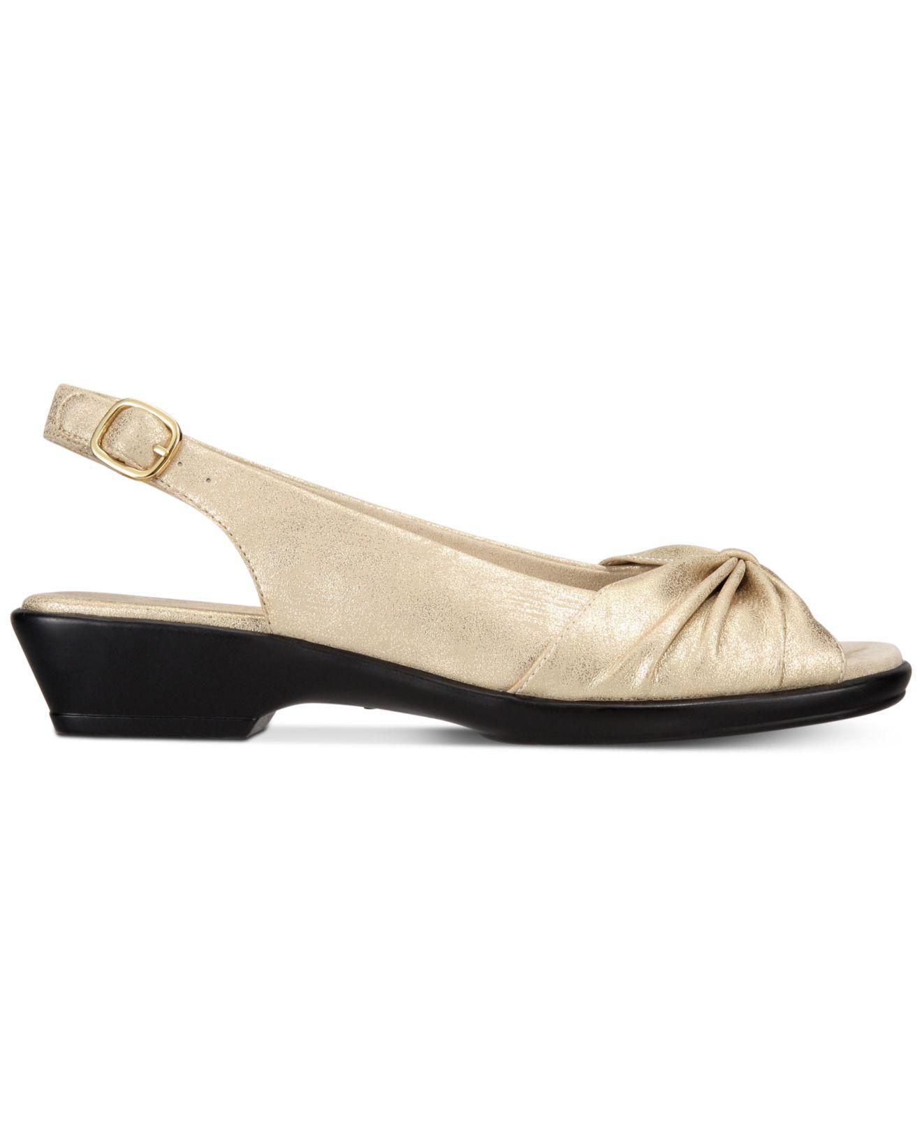 fd843179ab4 Lyst - Easy Street Fantasia Sandals