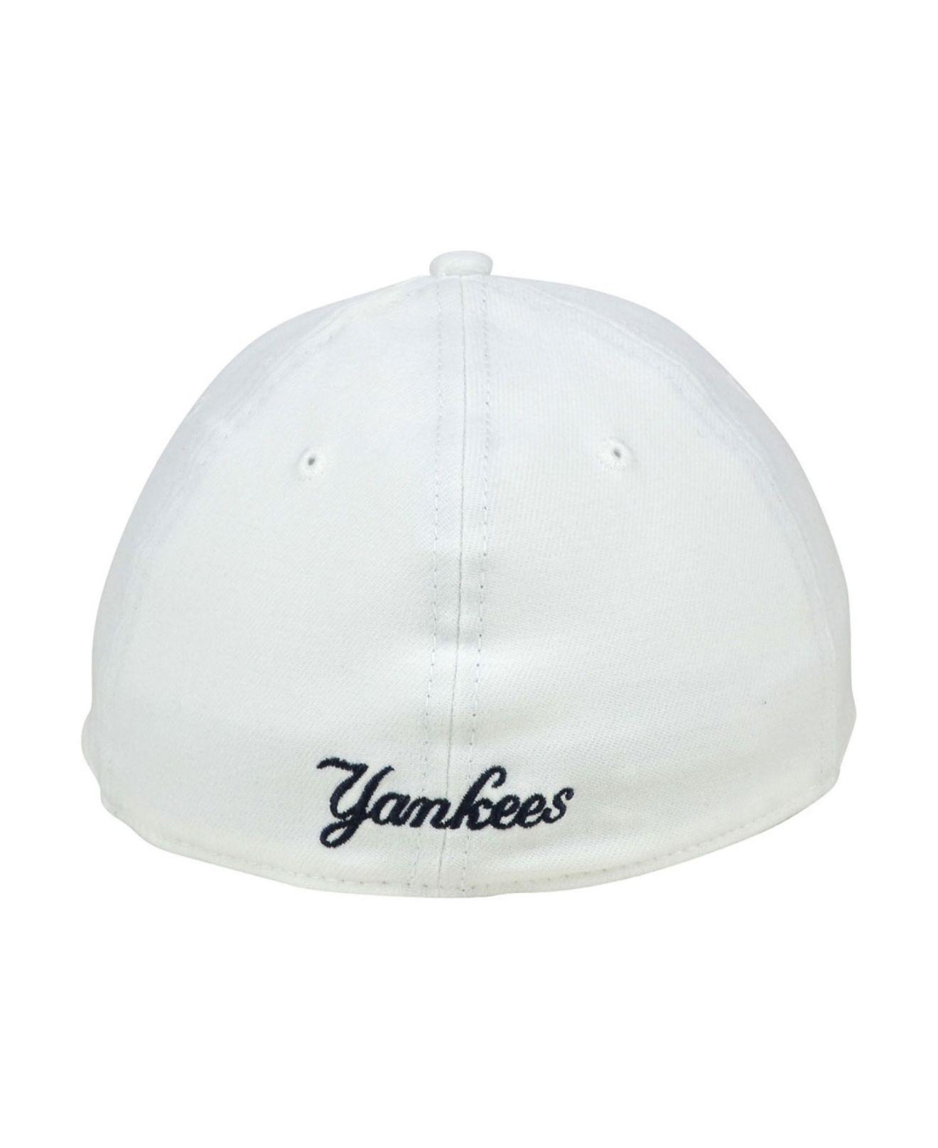 5e4b7a778 KTZ - White New York Yankees Core Classic 39thirty Cap for Men - Lyst. View  fullscreen