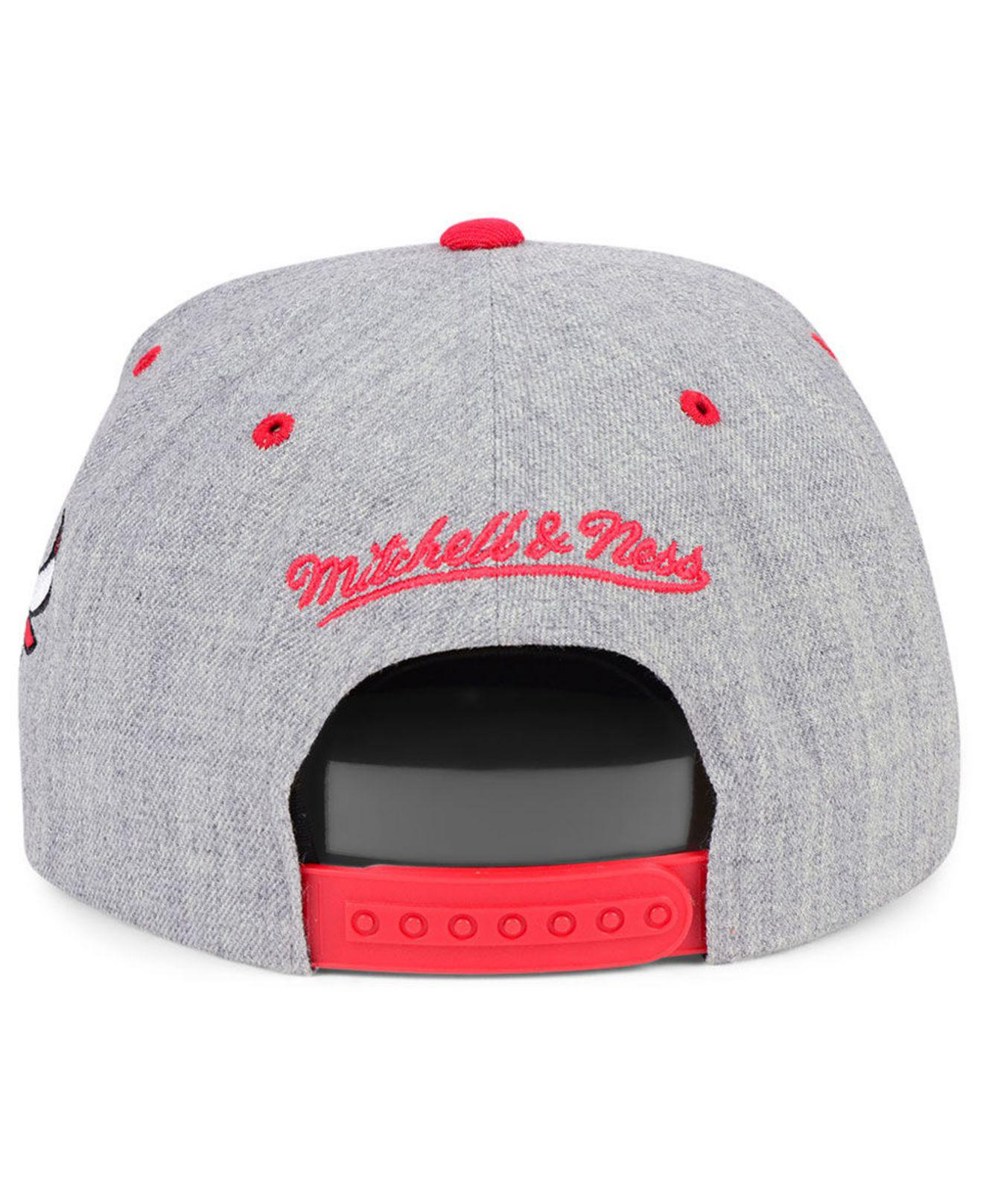 new style 4c89e ff7ff Lyst - Mitchell   Ness Chicago Bulls Side Panel Cropped Snapback Cap ...