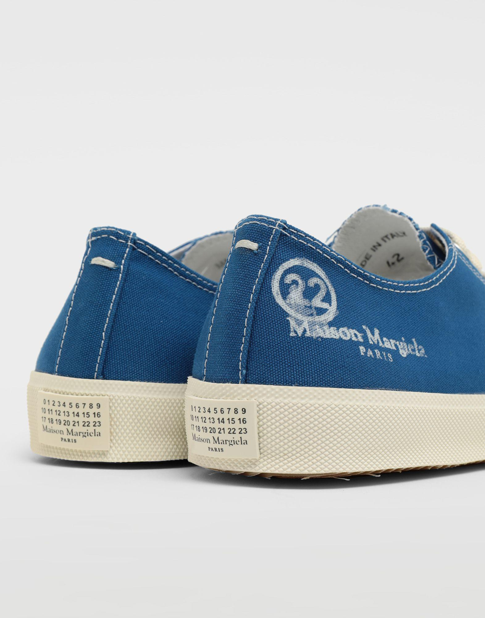 b84c2bfa7858 Maison Margiela Tabi Low Top Sneakers in Blue for Men - Save 14% - Lyst