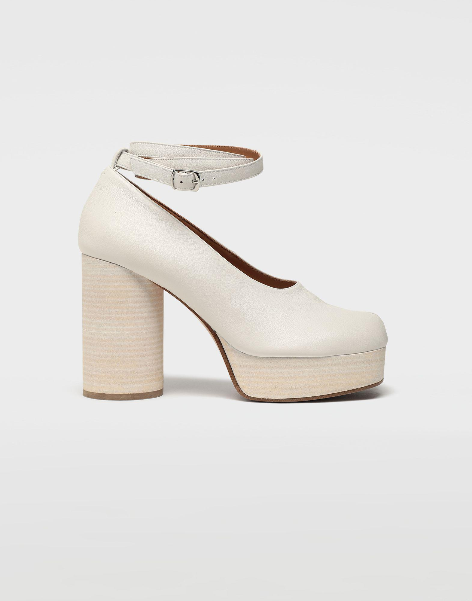 36f3599f09e8 Lyst - Maison Margiela Tabi Ankle Tie Leather Pumps in White