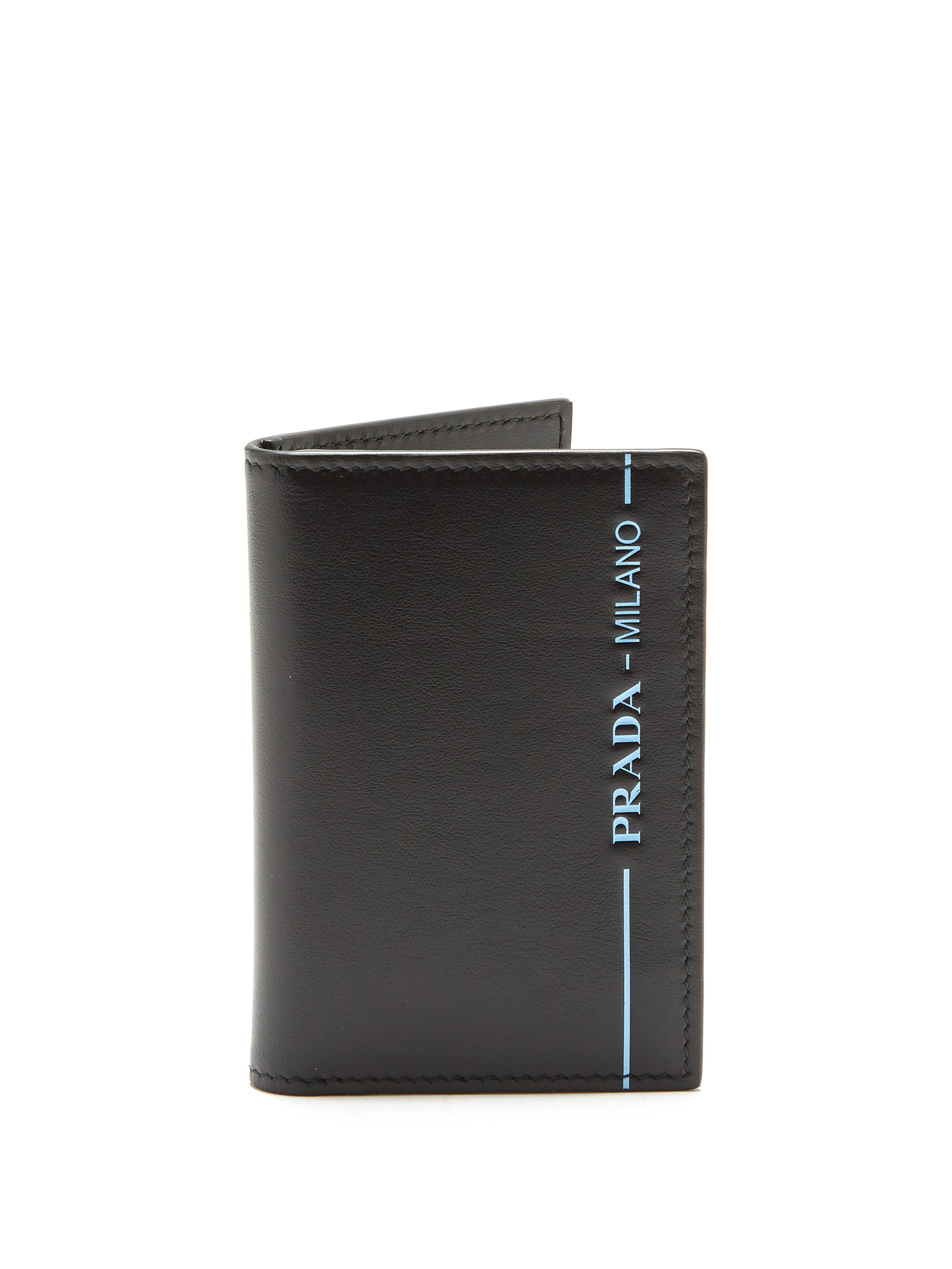 ff35fa2557bd Prada Logo Print Bi Fold Cardholder in Black for Men - Lyst