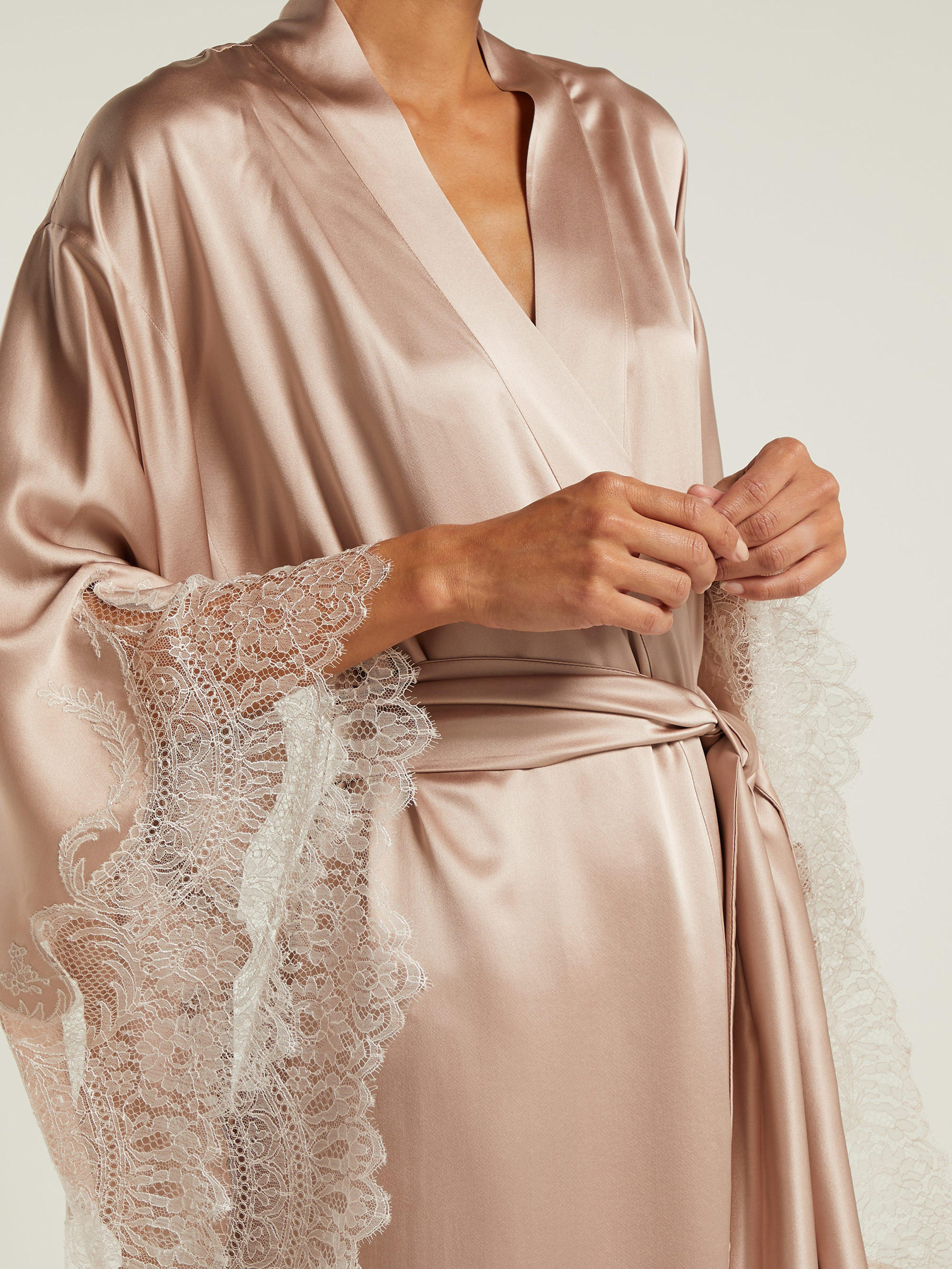 2f8eeafb575 Carine Gilson Lace Embroidered Silk Satin Robe in Pink - Lyst