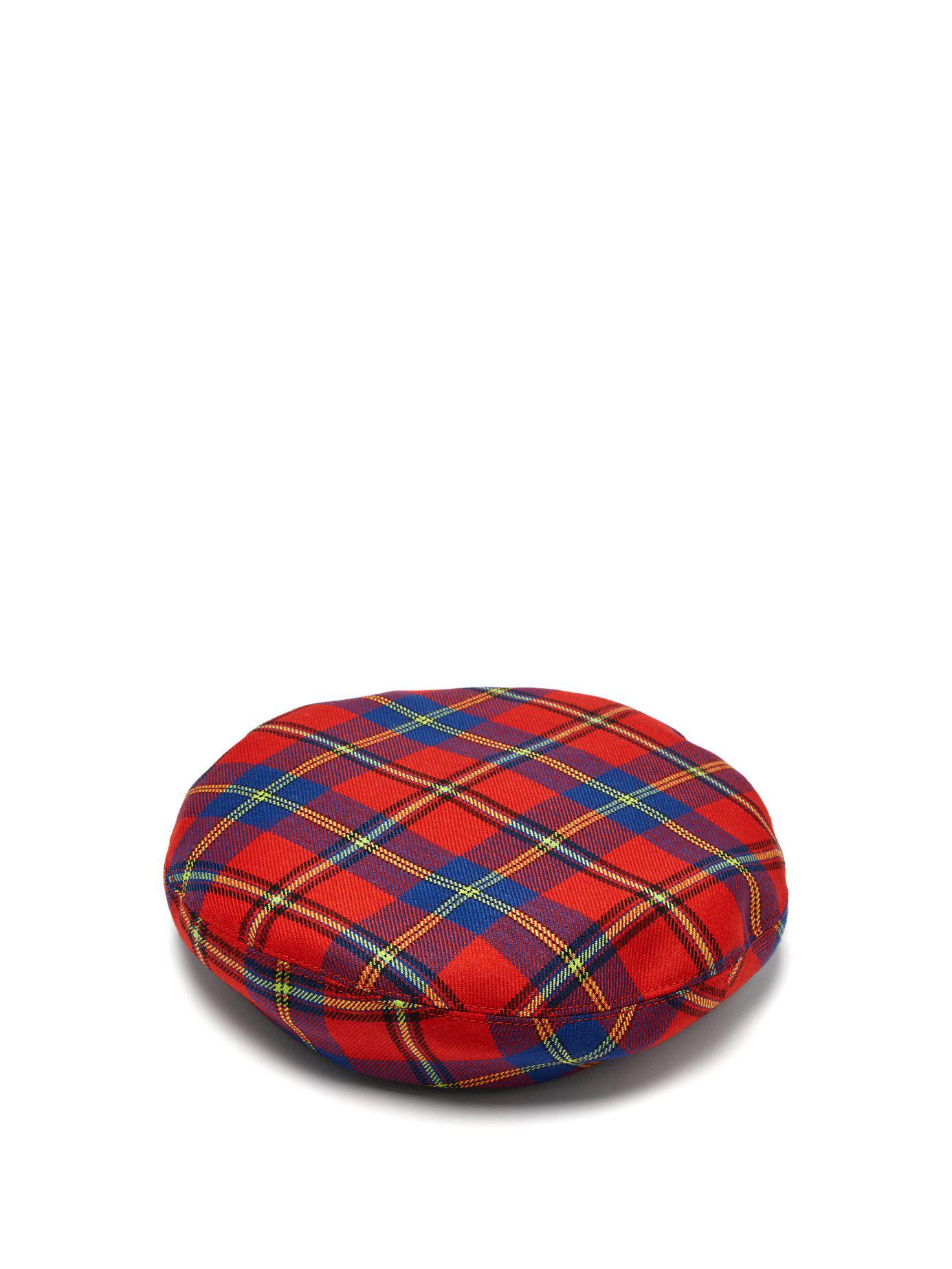 93ab0b33d572d Versace Red Plaid Medusa Beret in Red - Save 23.684210526315795% - Lyst