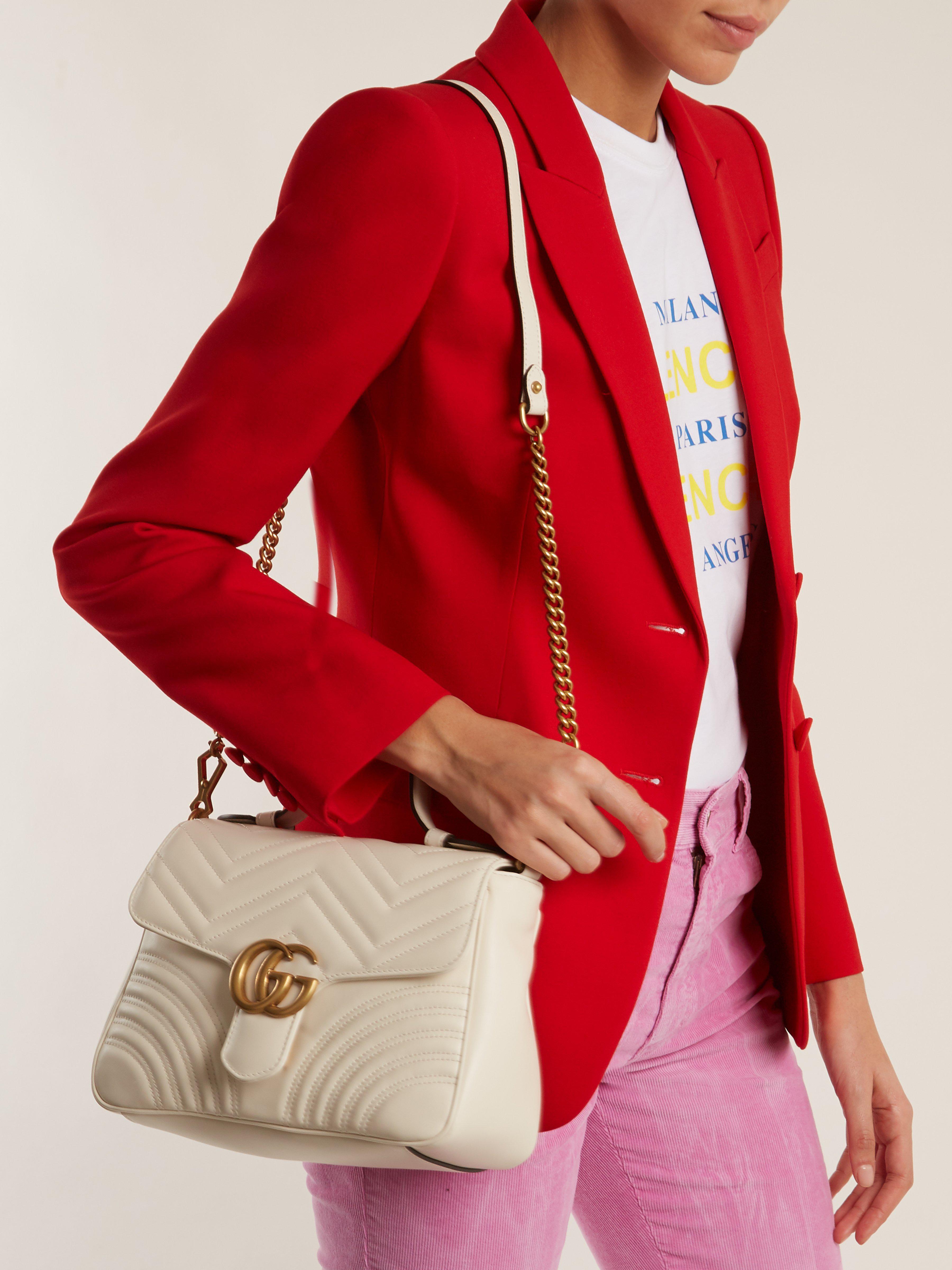 6fa3aa9a0c9 Lyst - Sac porté épaule en cuir GG Marmont small Gucci en coloris Blanc