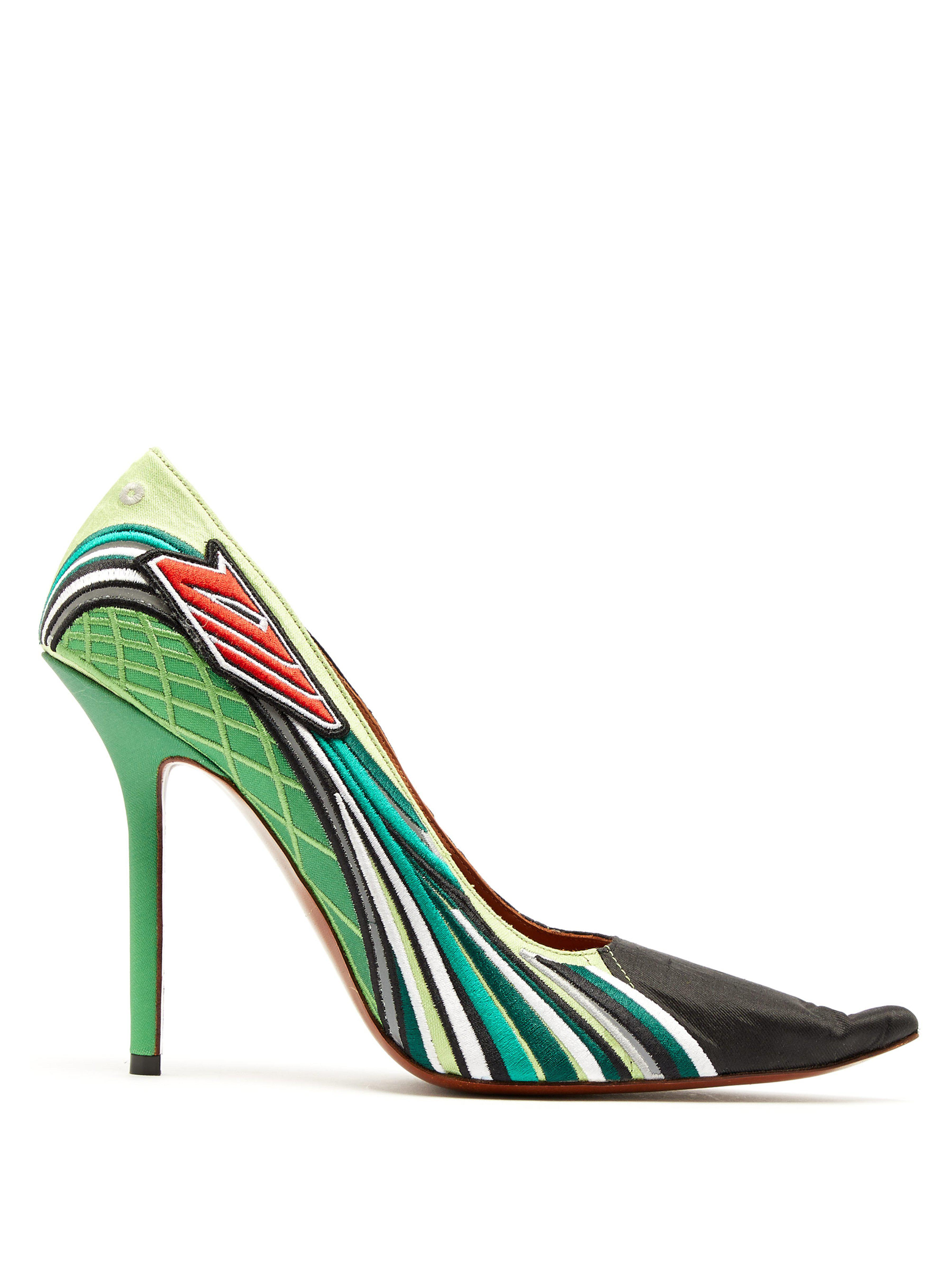 b5015586f364 Vetements. Women s Green Racer Embroidered Point Toe Court Shoes