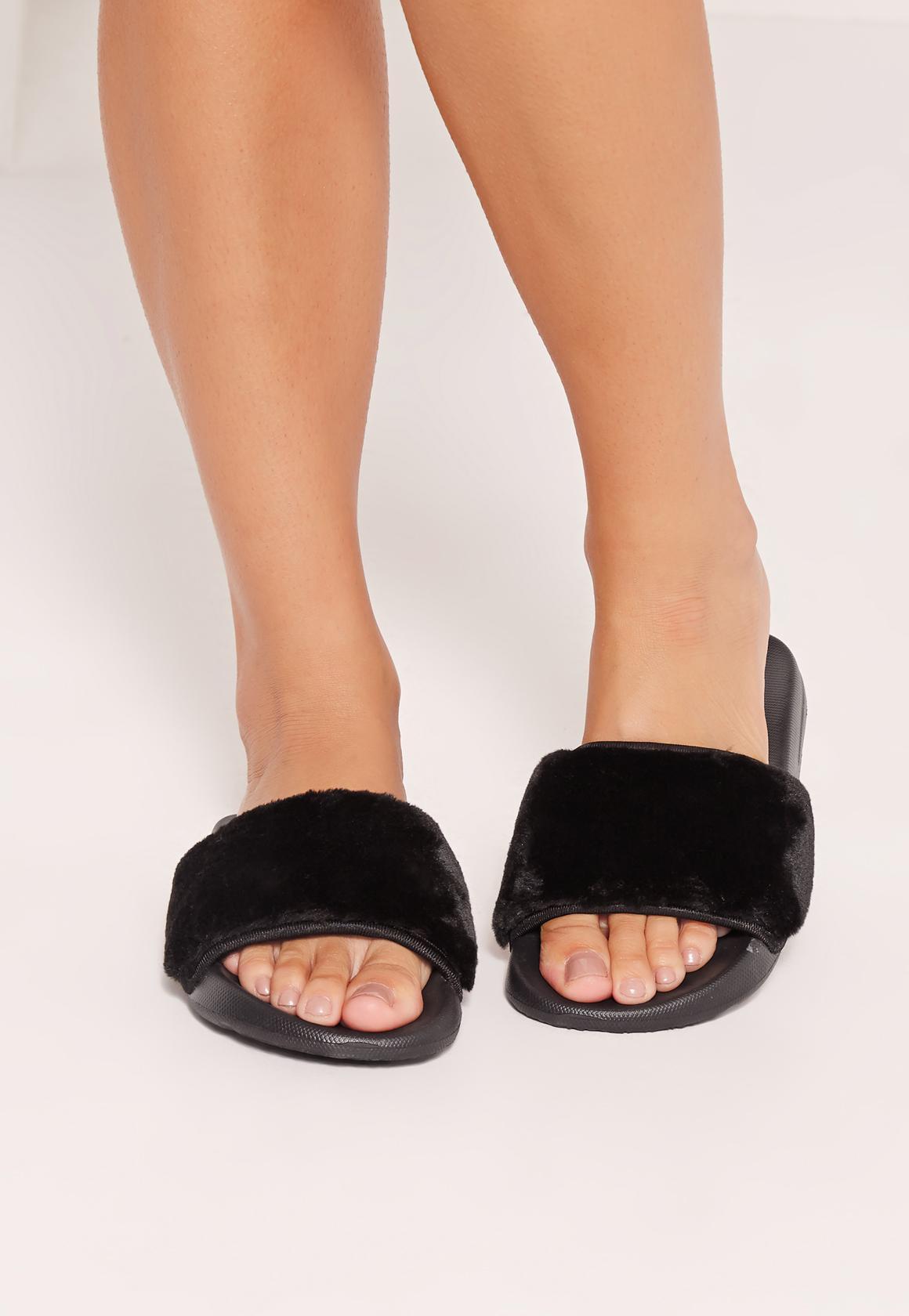 Missguided Fluffy Sliders Black In Black Lyst