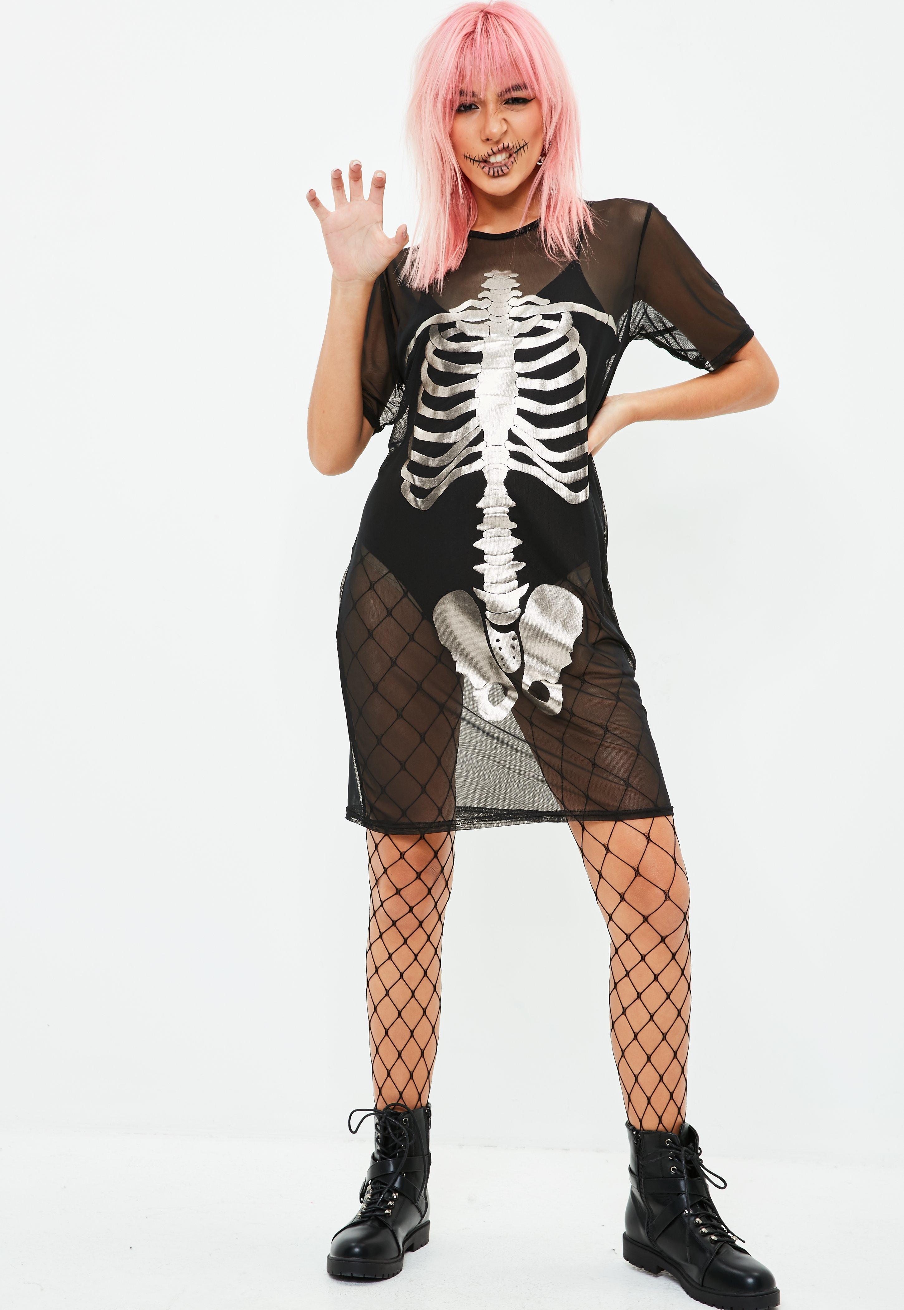 missguided halloween mesh skeleton t-shirt dress black in black - lyst