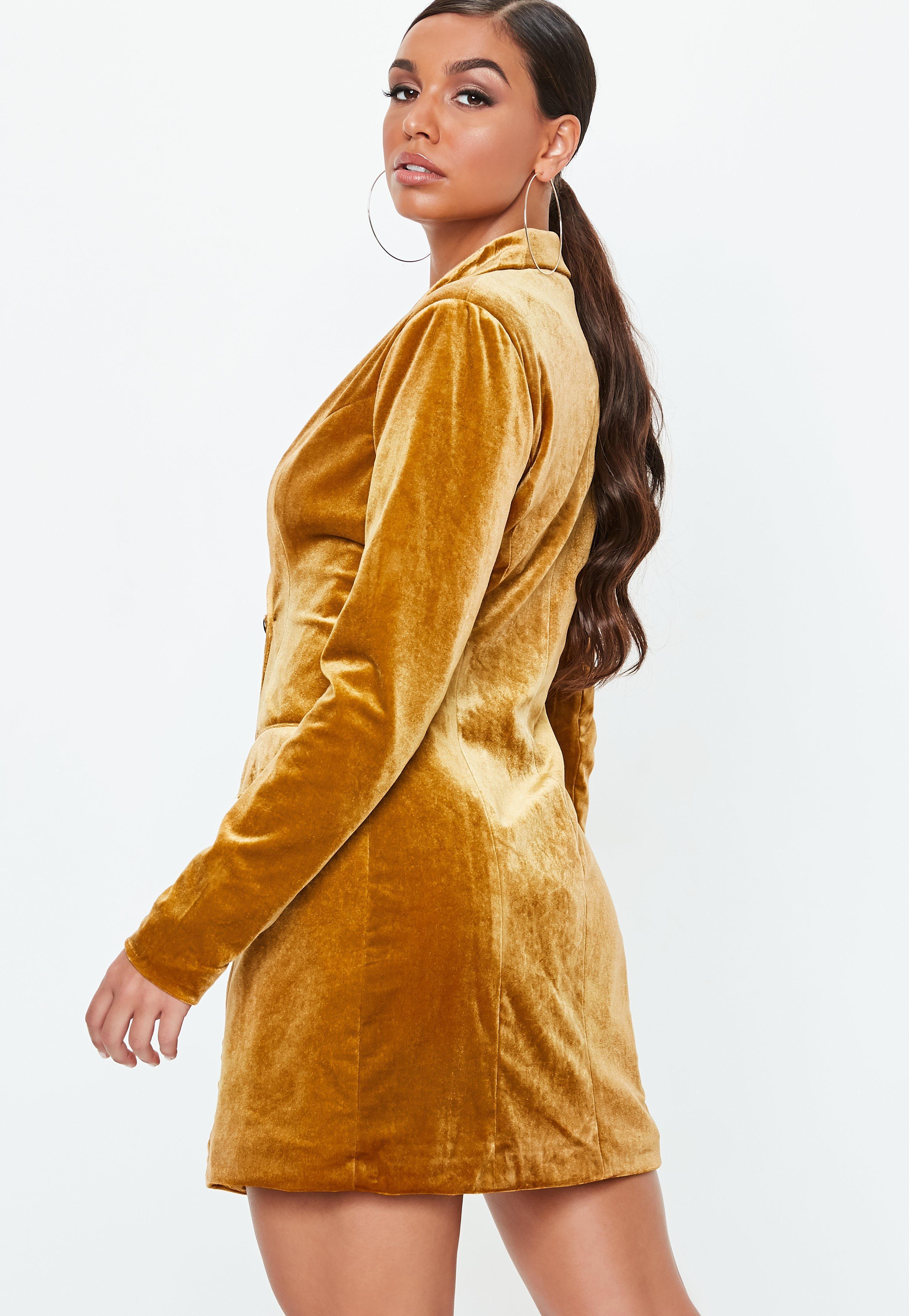 fee32b047401 Missguided - Metallic Gold Velvet Double Breasted Blazer Dress - Lyst. View  fullscreen