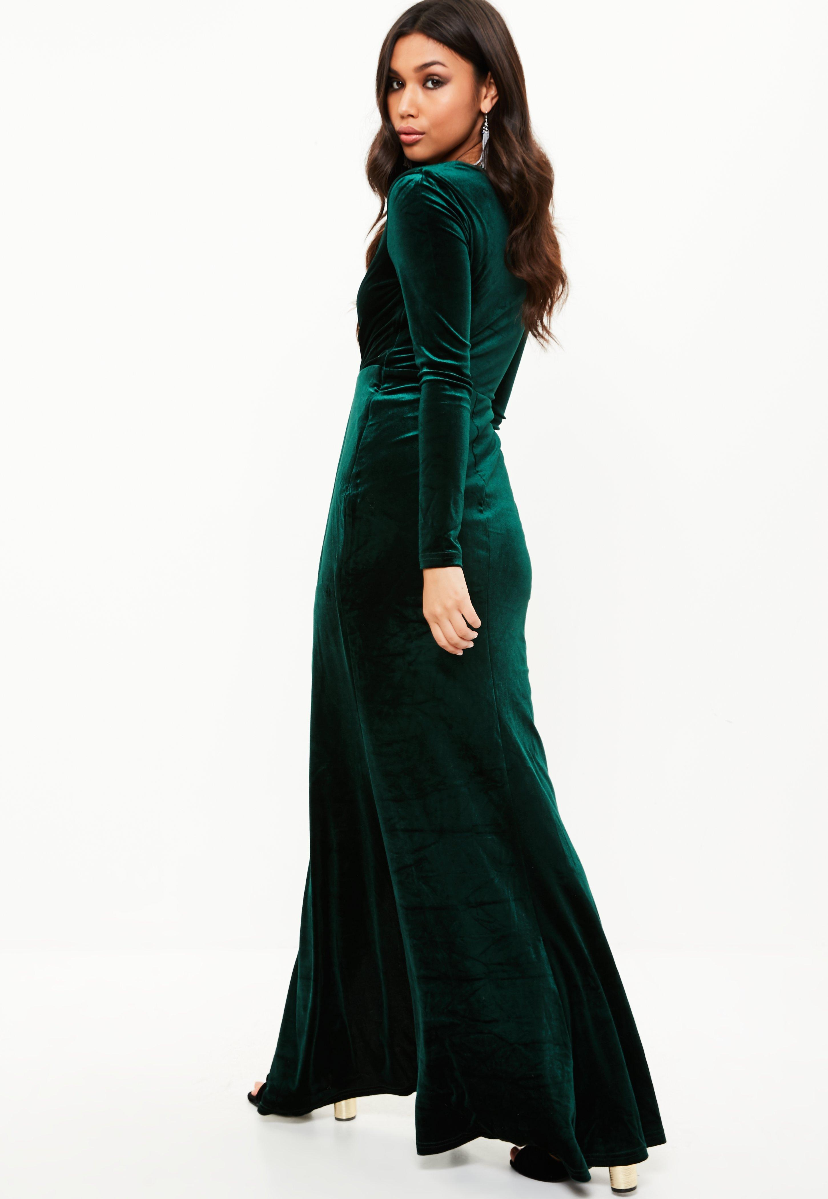 Lyst - Missguided Green Velvet Plunge Long Sleeve Maxi Dress in Green
