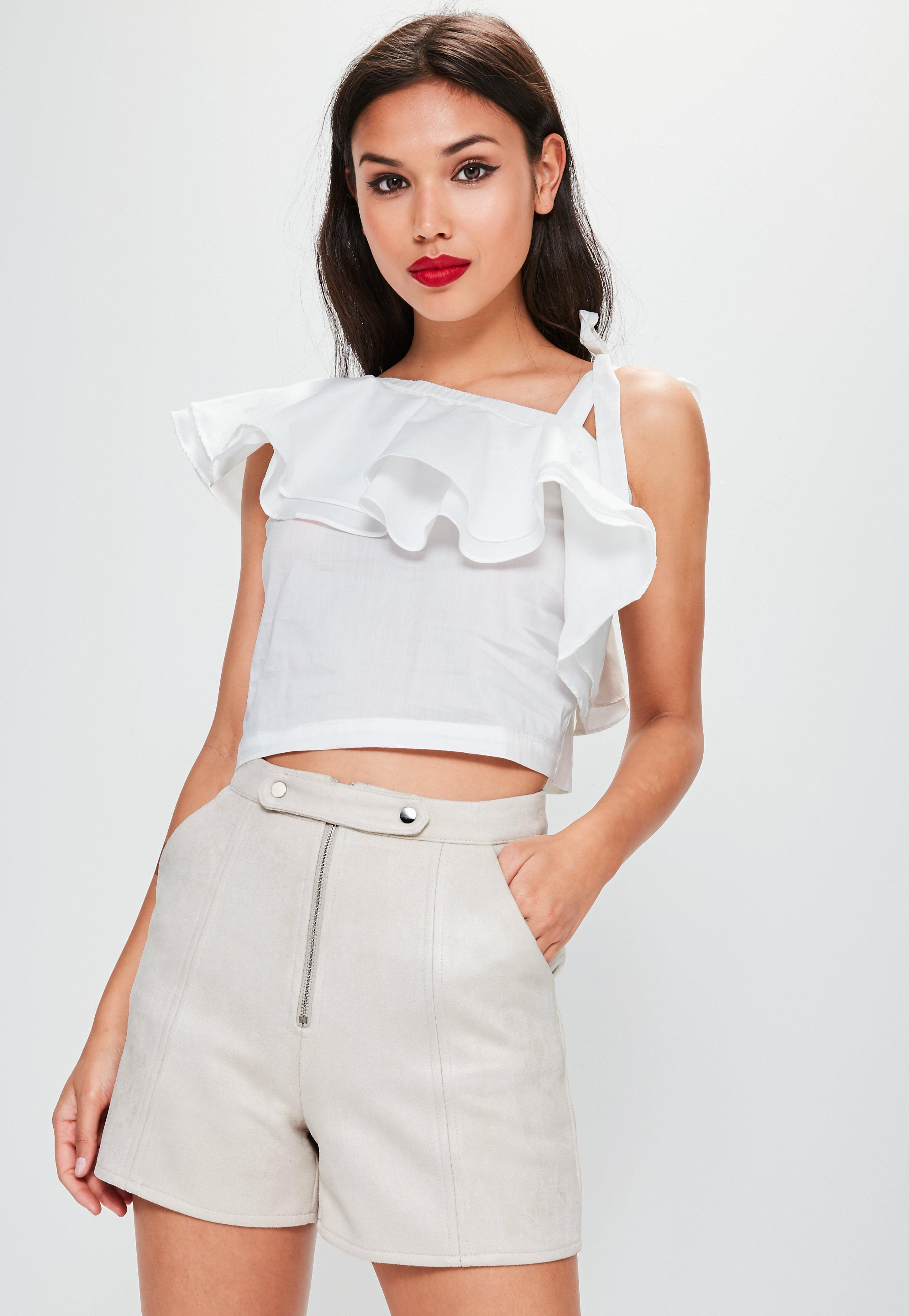 81084b9d8fc Missguided White Frill One Shoulder Crop Top in White - Lyst