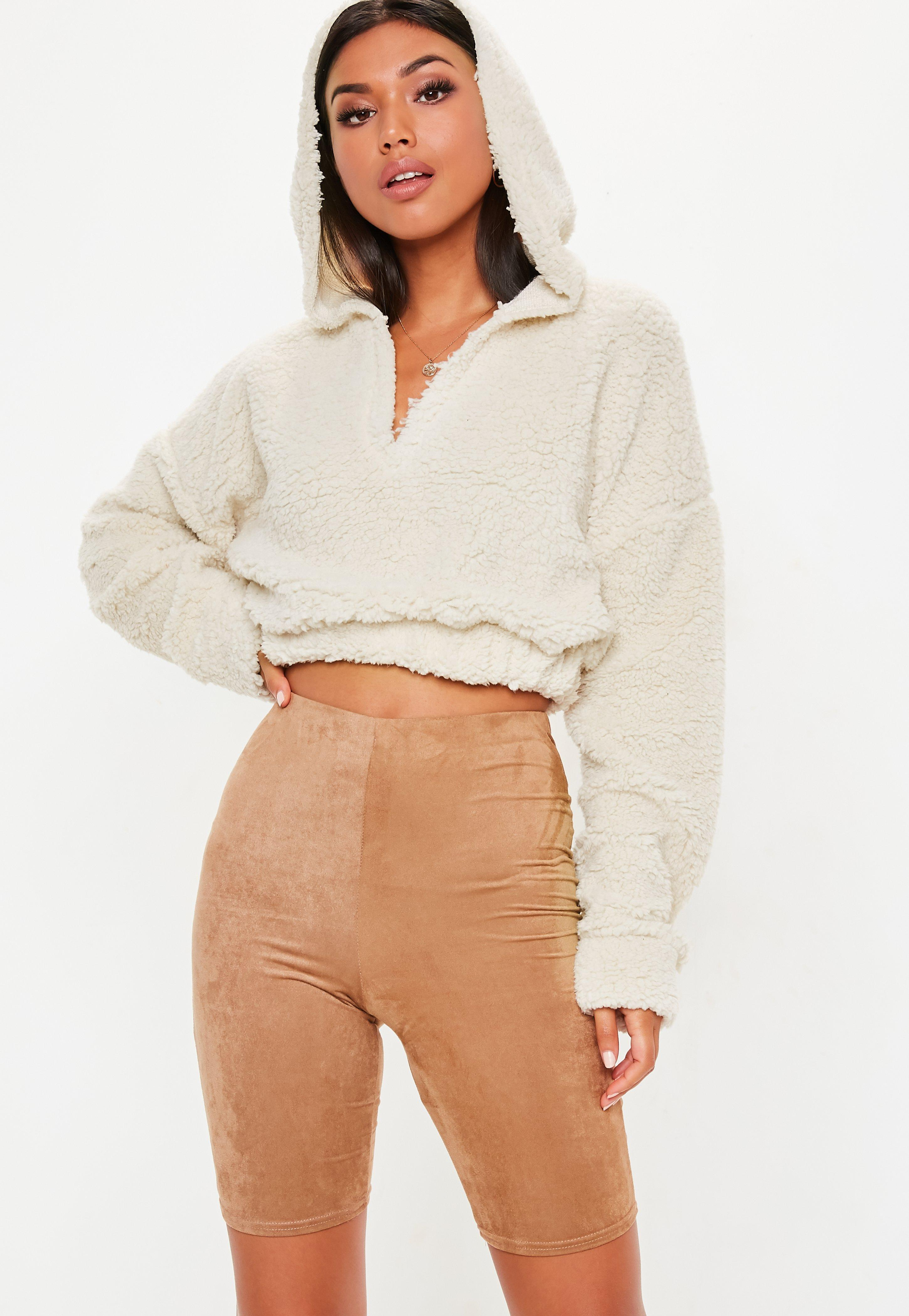 8ef3f91dcc Lyst - Missguided Cream Teddy V Front Sweatshirt in Natural