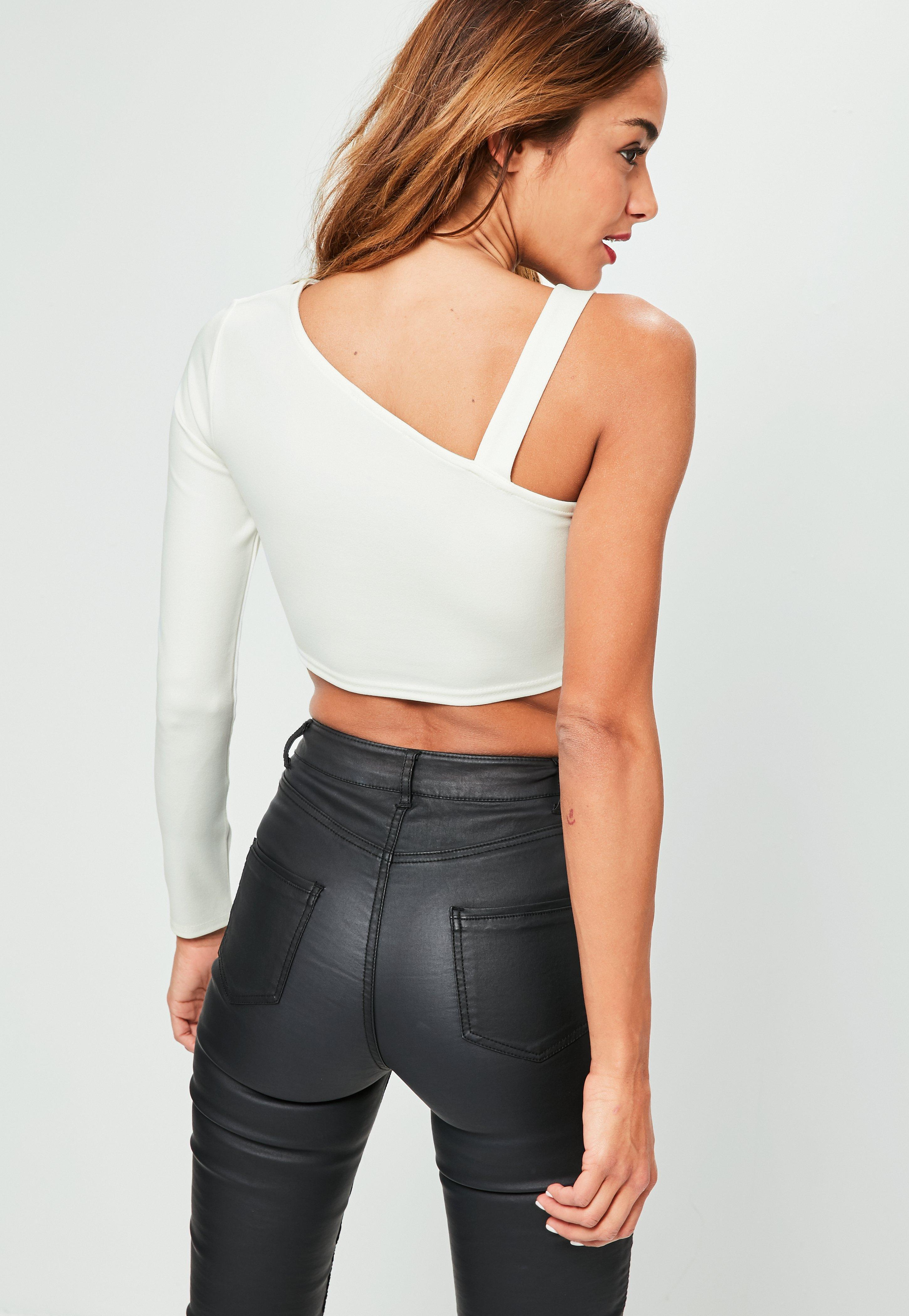 43cf0c63d758e Lyst - Missguided White Clasp Detail Asymmetric Strap Crop Top in White
