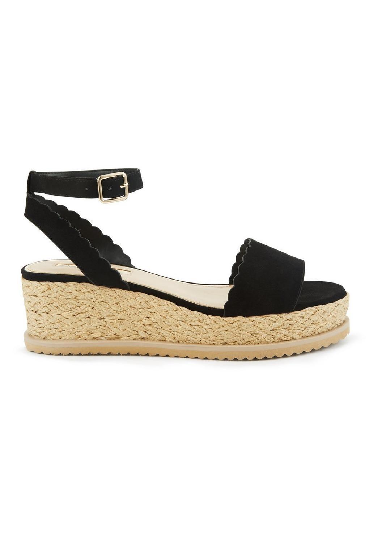 2eed34493127 Miss Selfridge Mia Black Scallop Flatform Sandals in Black - Lyst