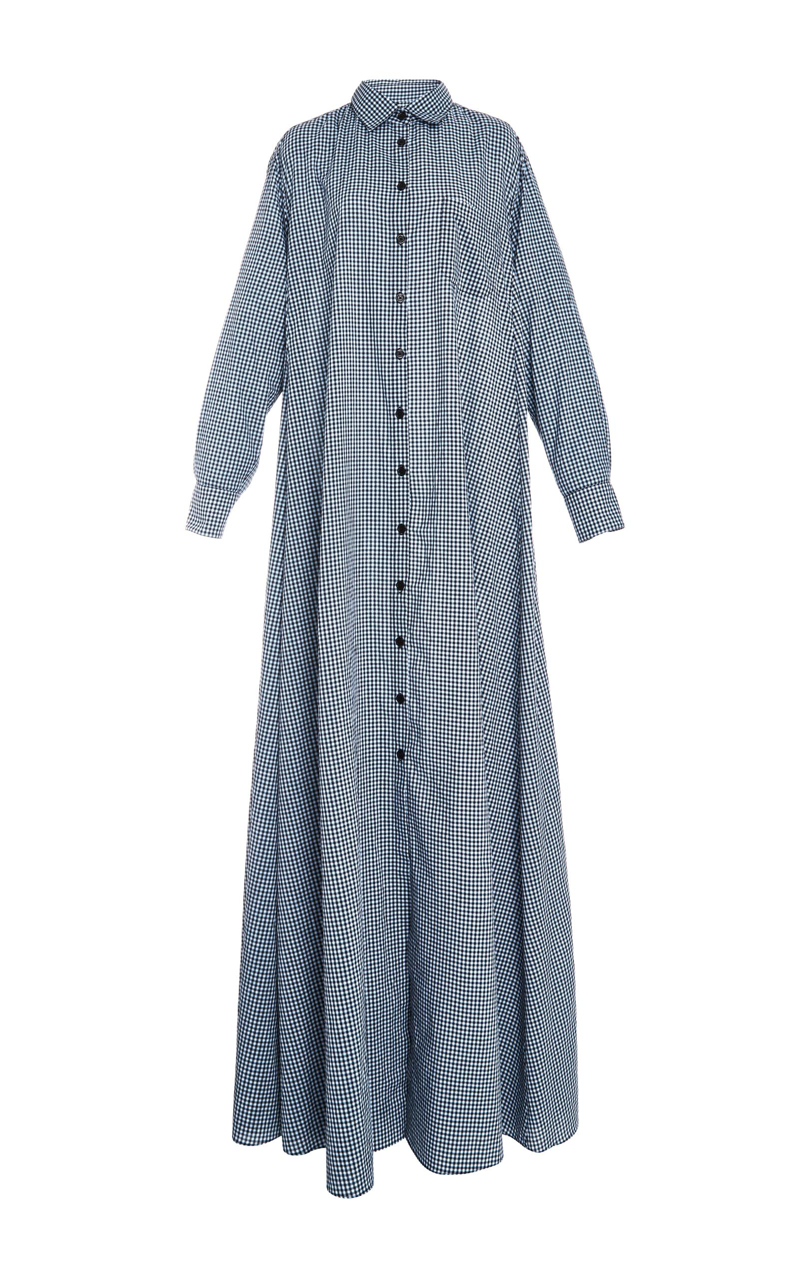 I have a blue gingham that I wanted to make a shirtdress out of. Reading this post is prompting me to think seriously about getting it cut out. I have several patterns, but I think I want a Harrison bodice with short sleeves and a circle skirt attached.