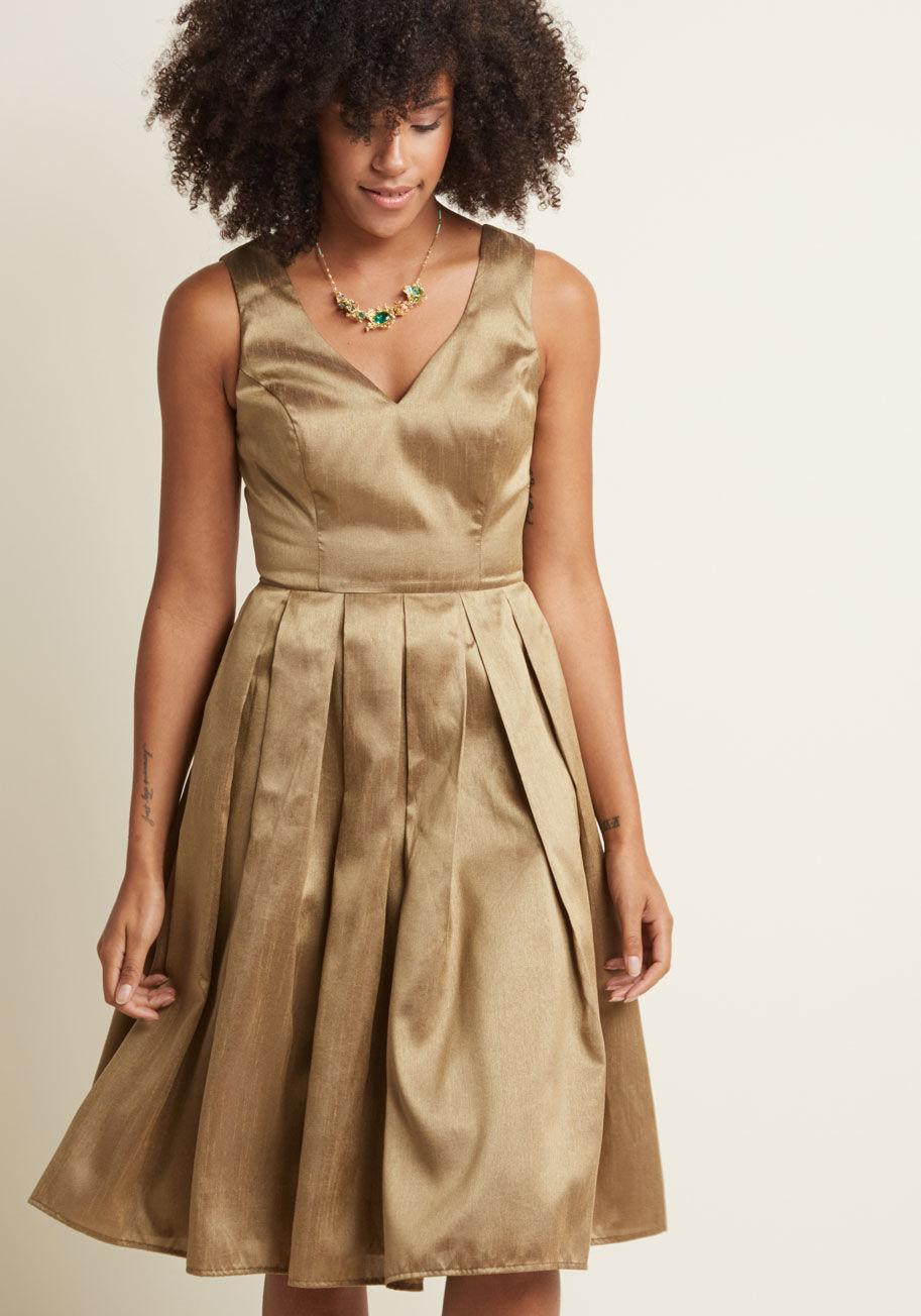 Lyst - ModCloth Fancy Pleated Midi Dress In Gold adf3e77a1