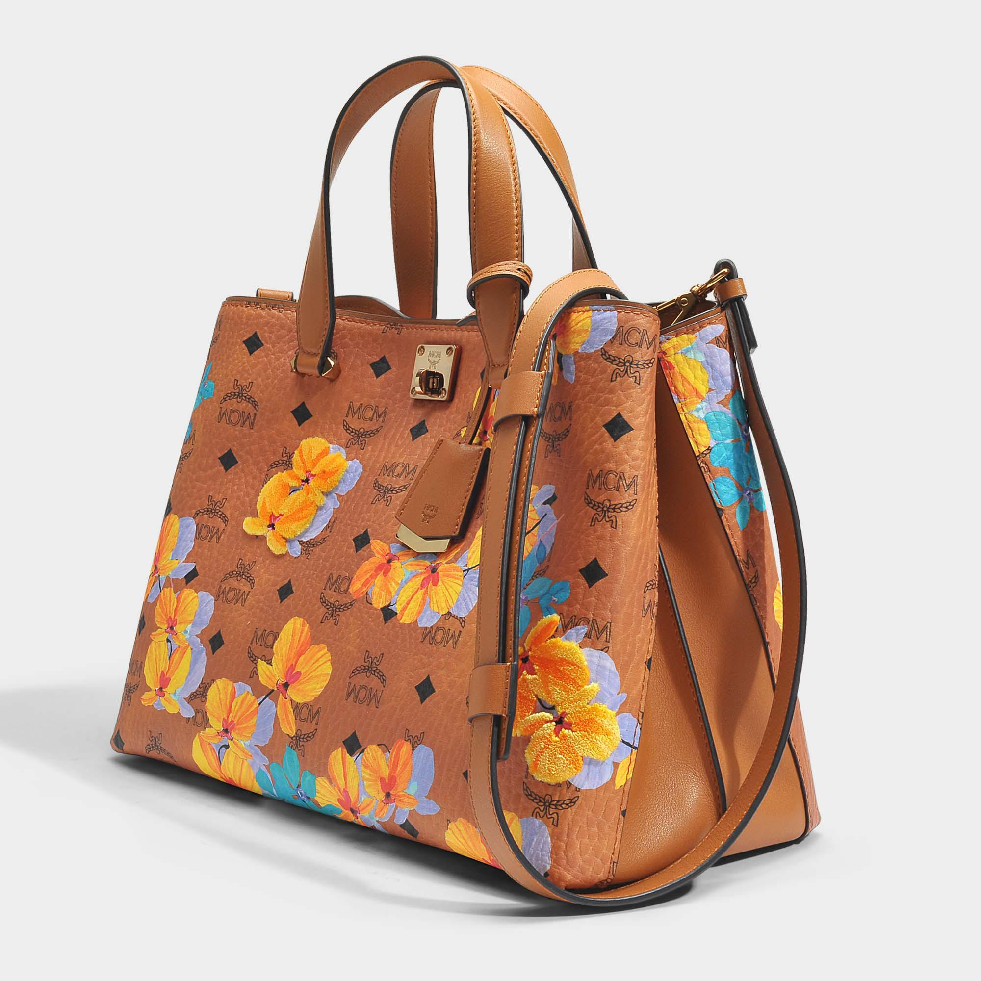 MCM Sac Shopping Flower Medium en Coton Enduit Cognac c2YNl5lDW