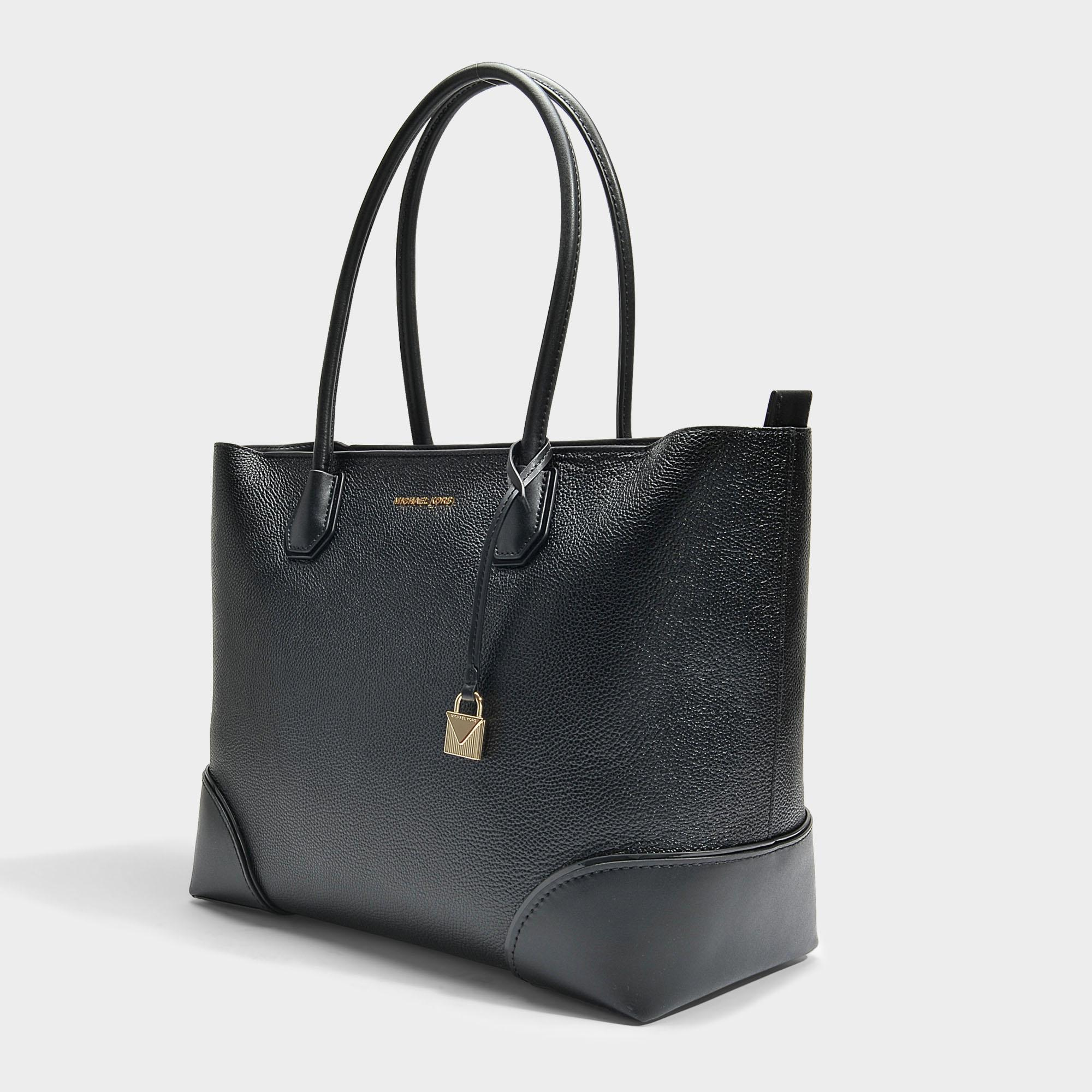 89adcbb4e7 MICHAEL Michael Kors - Mercer Gallery Large East-west Top Zip Tote Bag In  Black