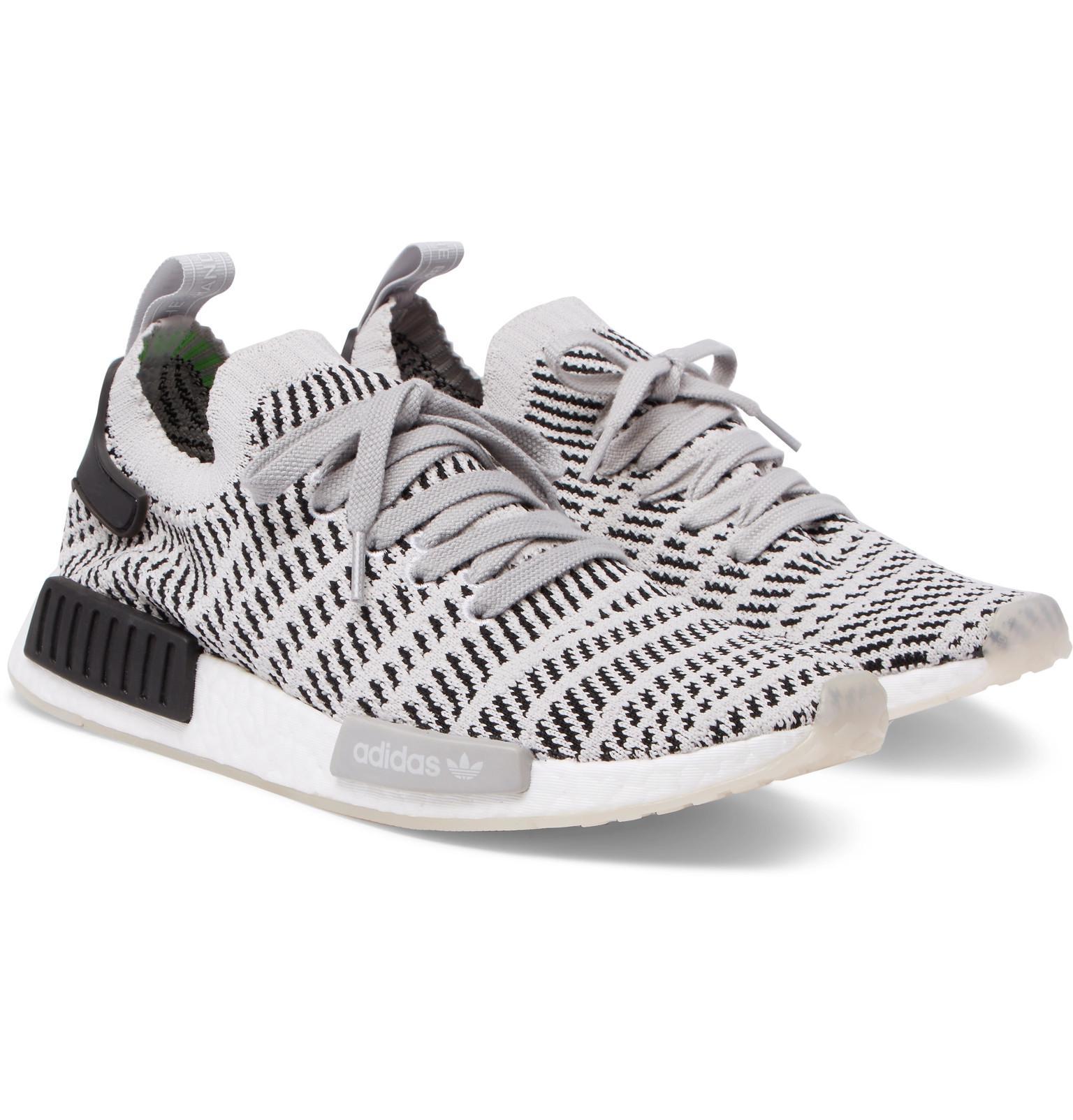 e2ca4f06375 Lyst - adidas Originals Nmd R1 Stealth Primeknit Sneakers in Gray ...
