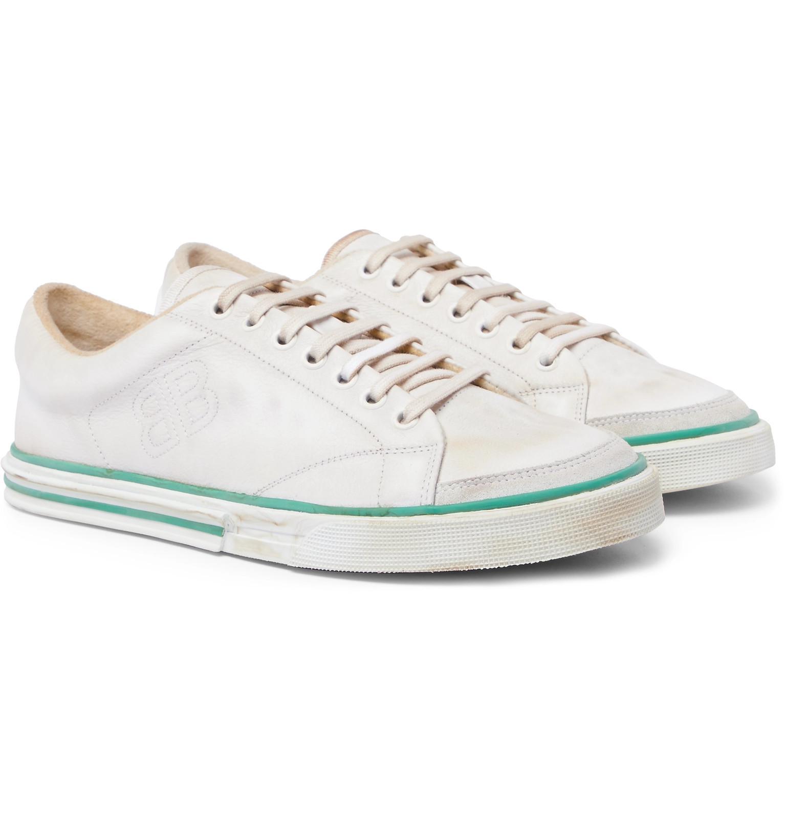 white Match graffiti print leather sneakers Balenciaga JcTlxrEy