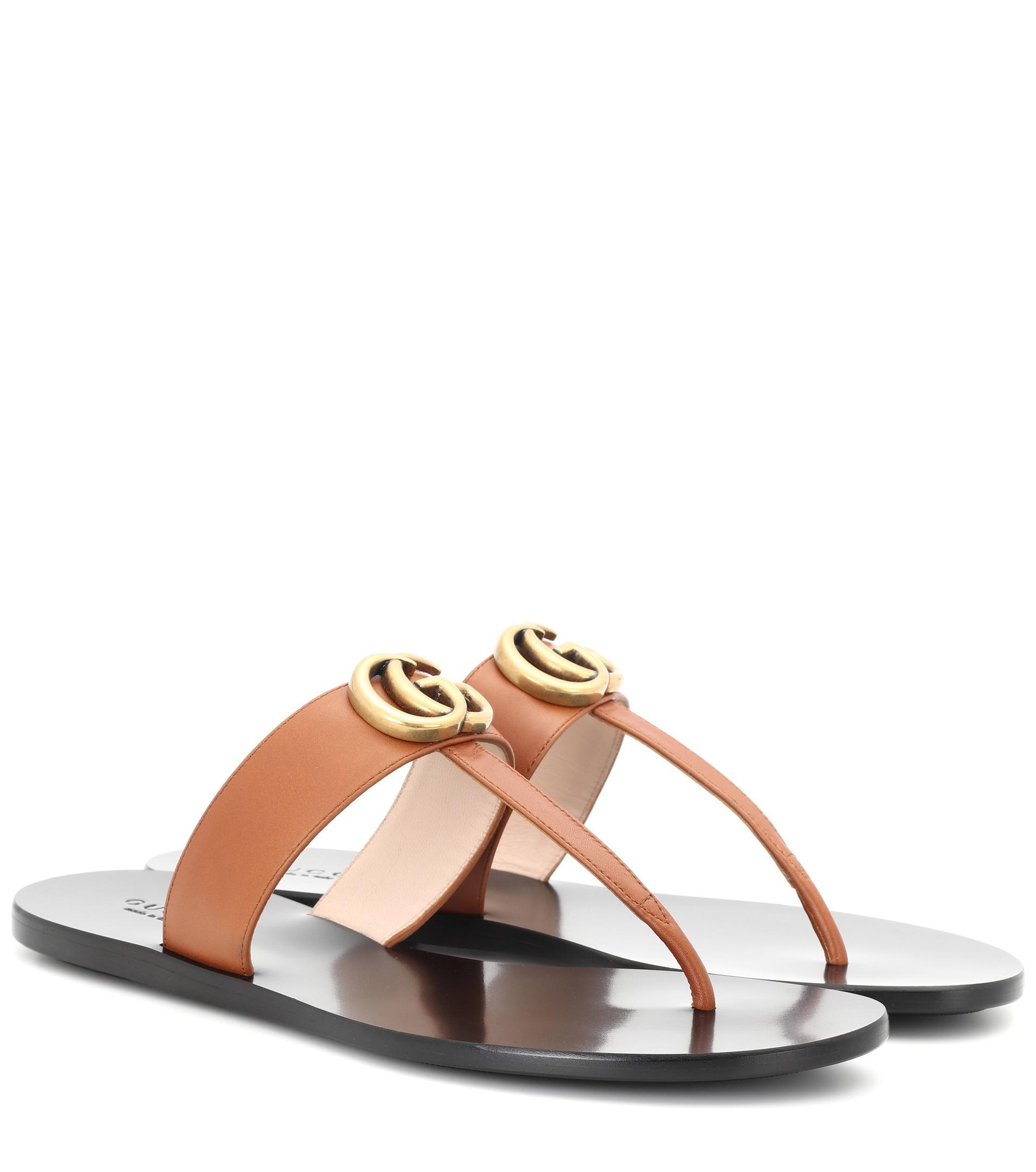 d364257fb8e0 Lyst - Gucci Sandalen aus Leder in Braun