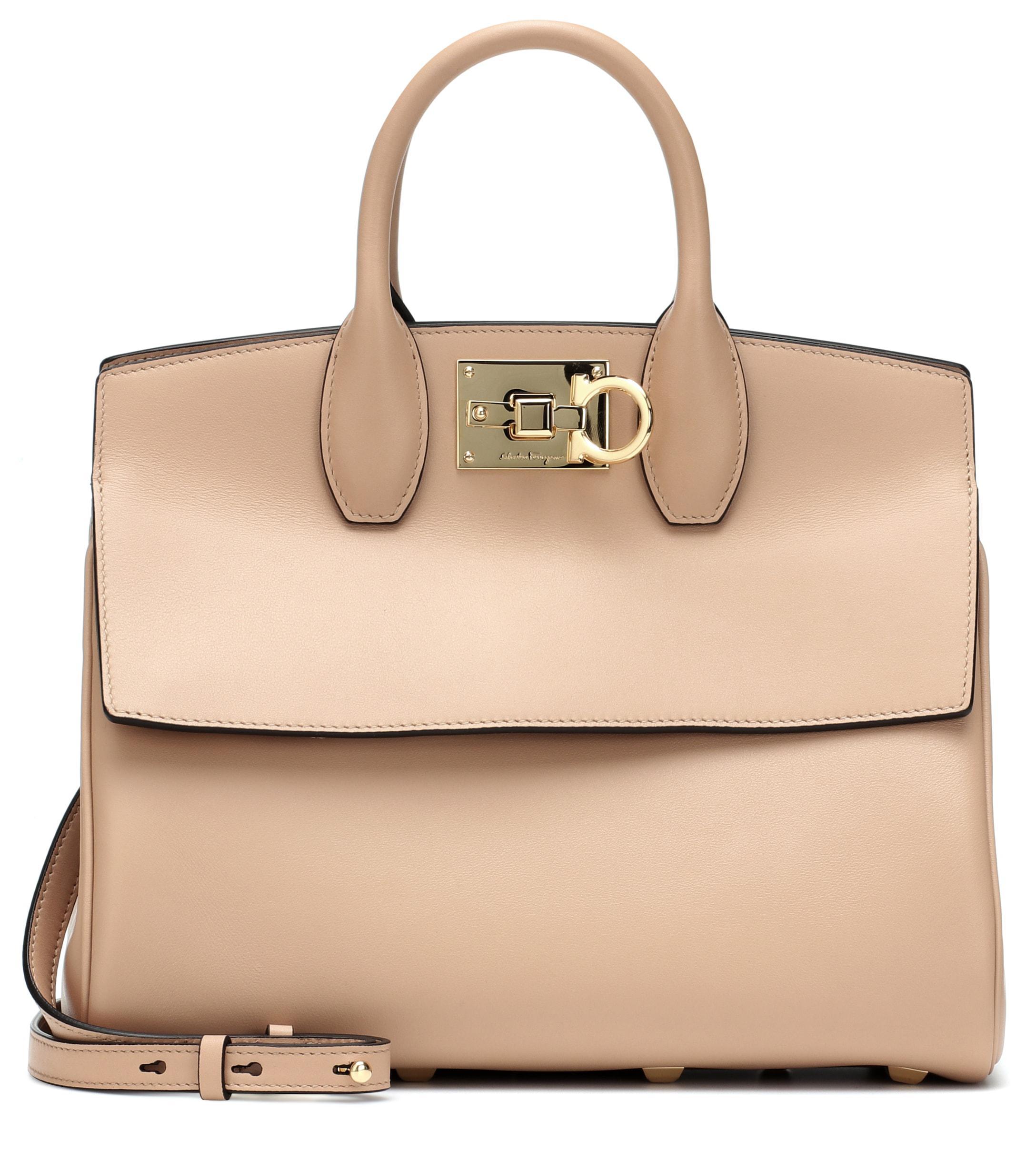 b9dbc00db8a9 Ferragamo Studio Leather Shoulder Bag in Natural - Lyst