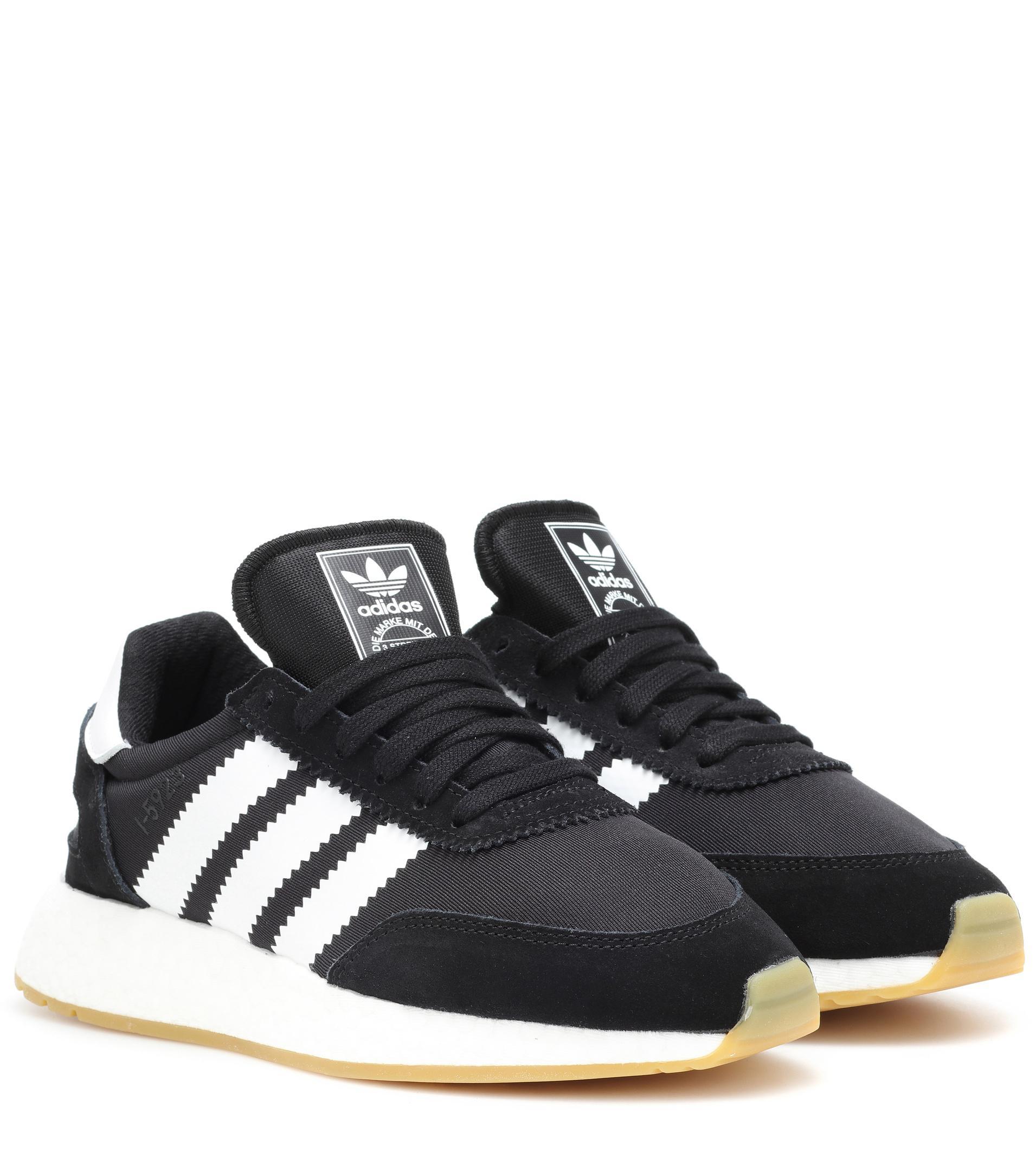 adidas Originals. Damen Sneakers Runner Pride mit Veloursleder in schwarz 9f116ebe51