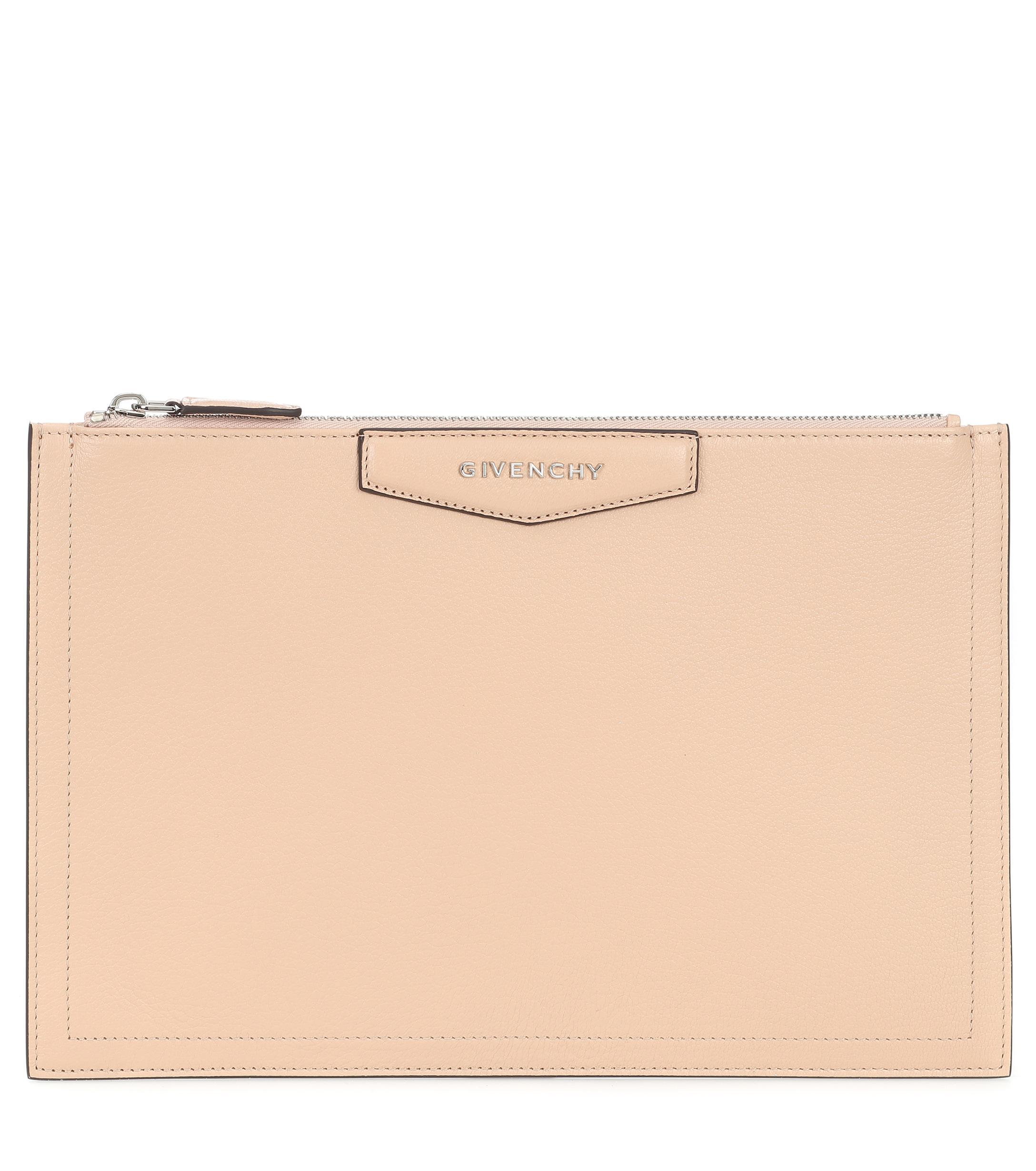 a18bd93435bf Givenchy - Natural Antigona Leather Clutch - Lyst. View fullscreen