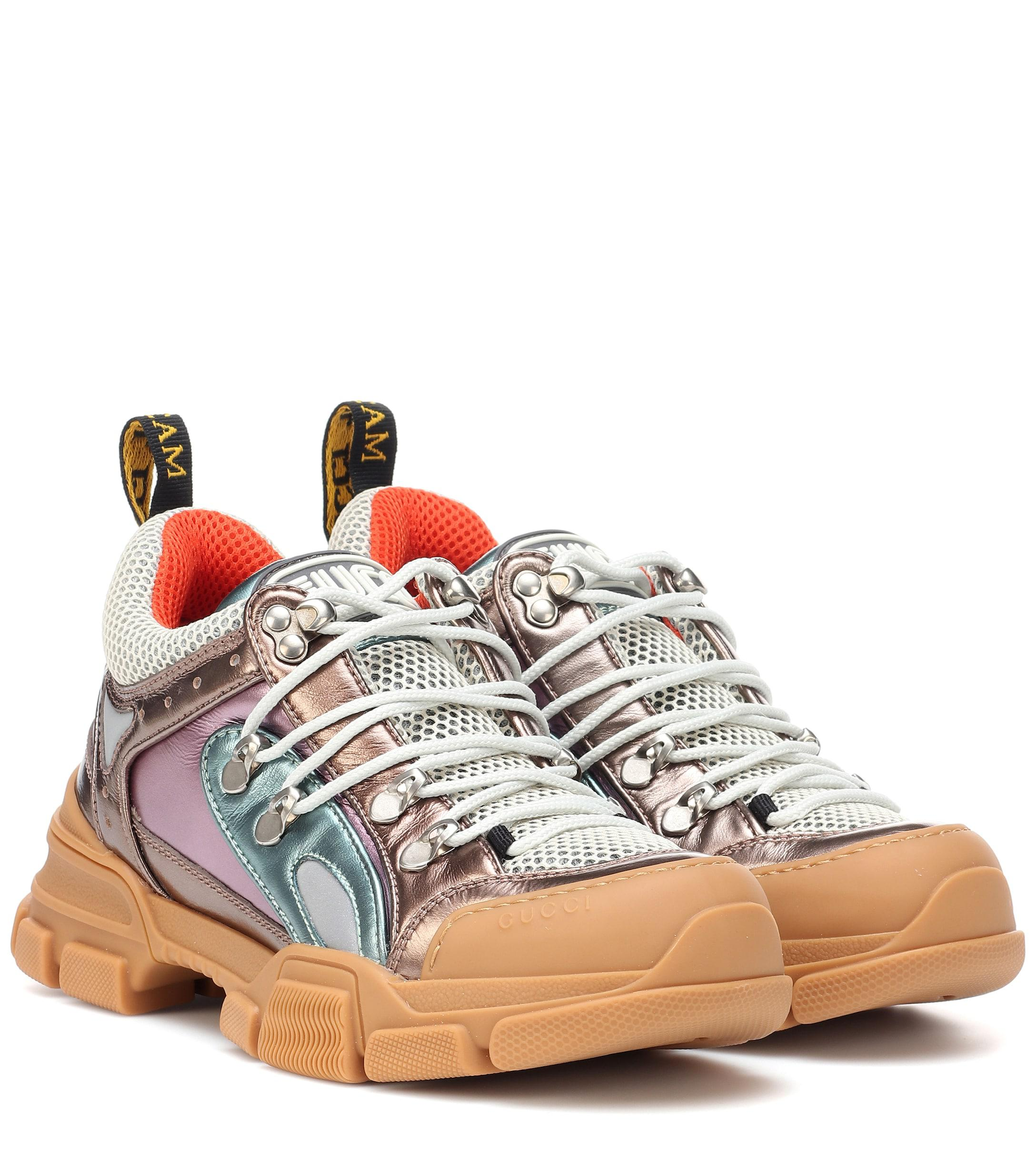 c2533f481c Zapatillas Flashtrek de piel Gucci - 34 % de descuento - Lyst