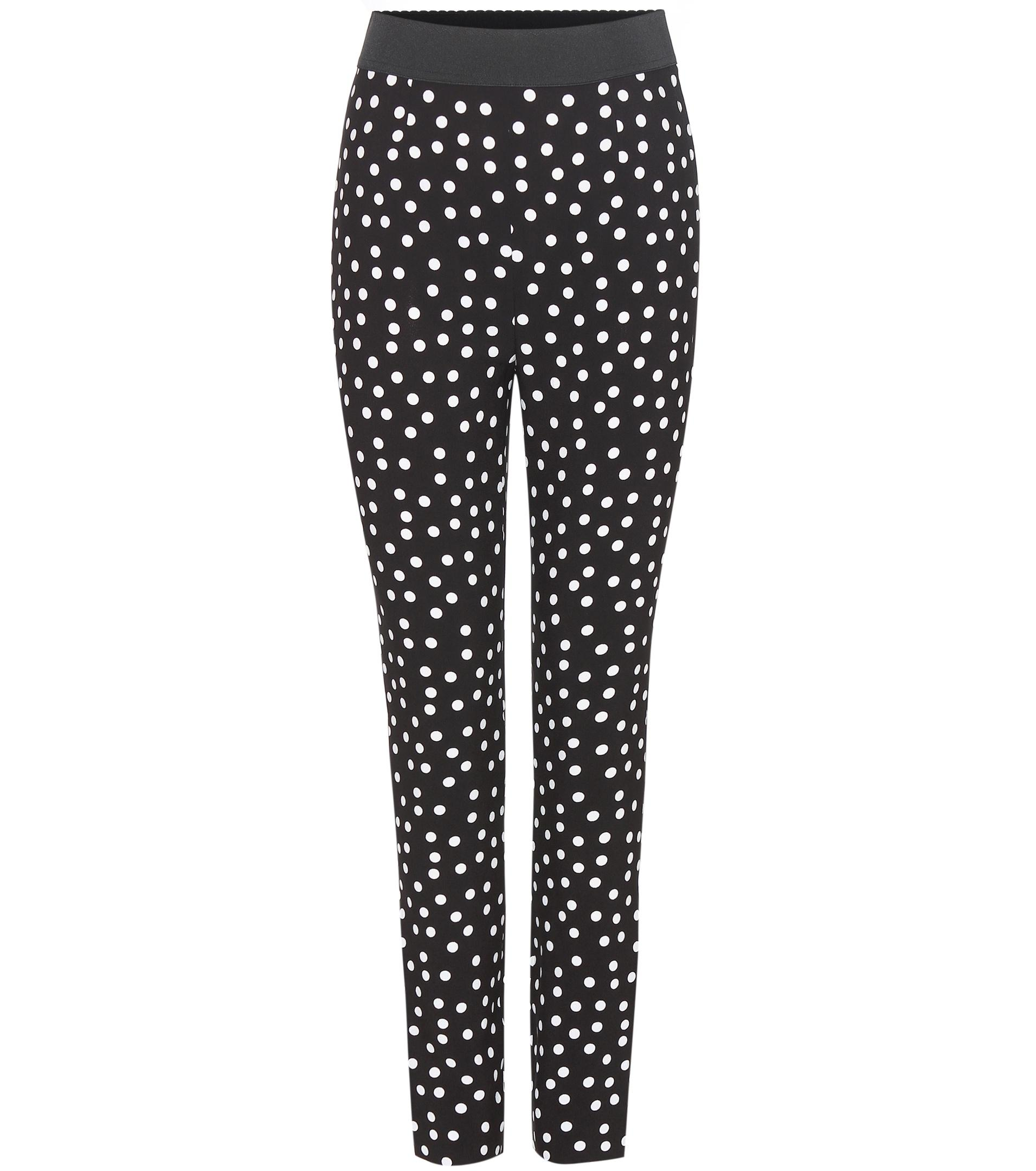 You'll be feeling extra, extra as you serve up a fresh look in the Dot Off the Press Black and White Polka Dot Pants! An elasticized waist creates a perfect high-waisted fit atop these light and breezy, woven polka dot pants. Relaxed, tapered legs feature side seam pockets and a cropped length/5(3).