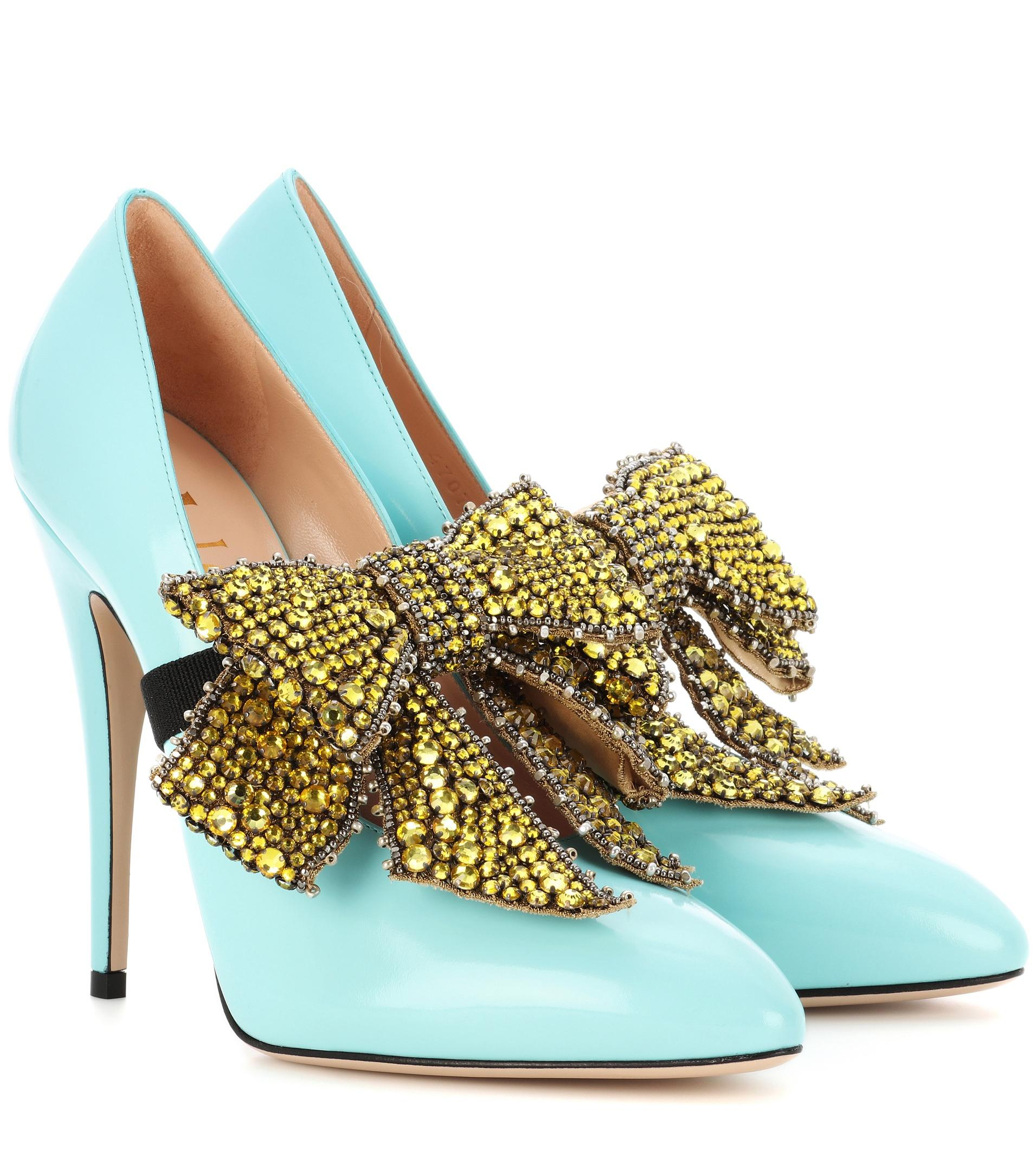 Lg75LEsEodGlossed-leather pumps with detachable embellishment 4dHHgTcN