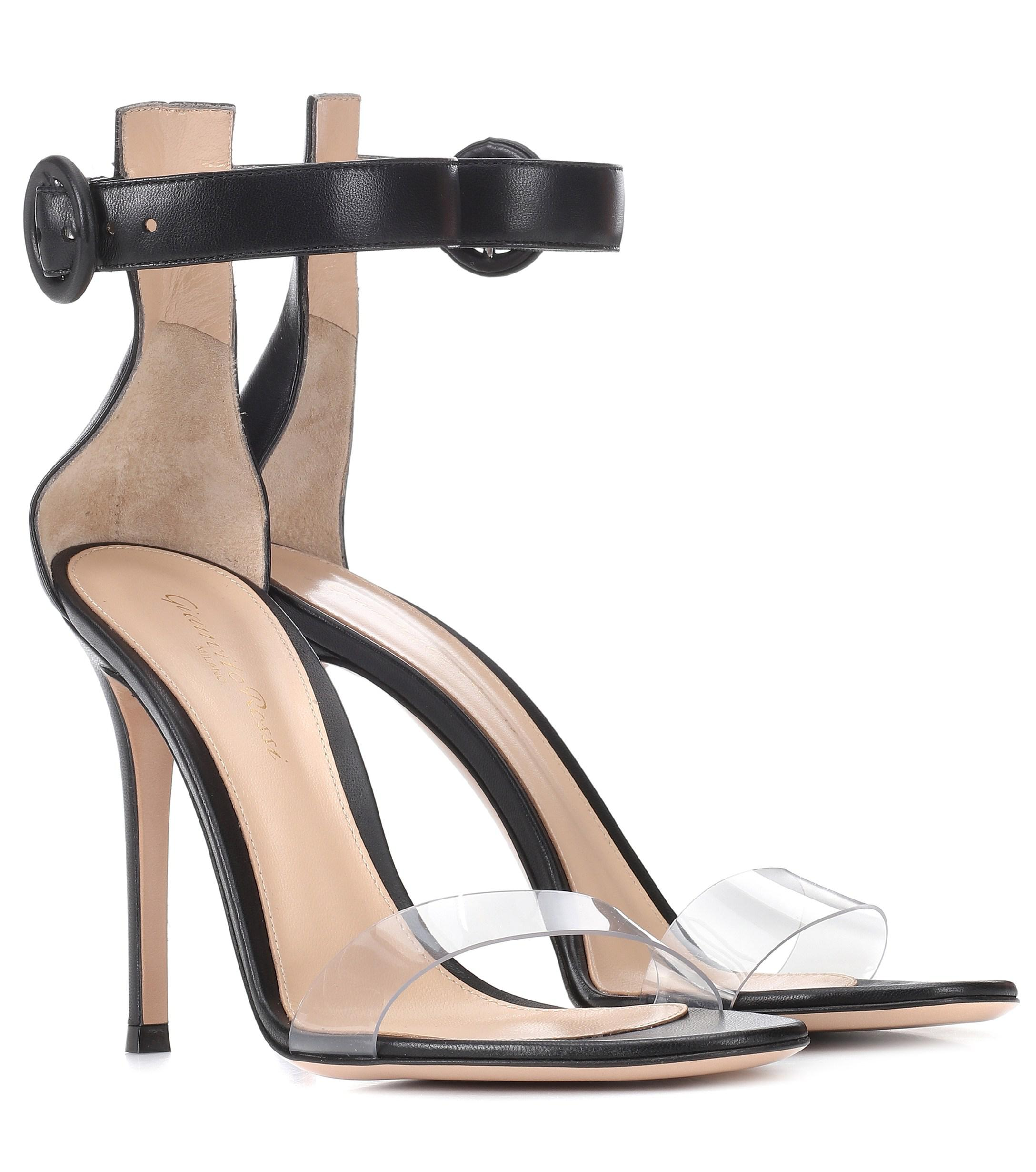 2caef1738b4 Gianvito Rossi Stella Leather Sandals in Black - Lyst