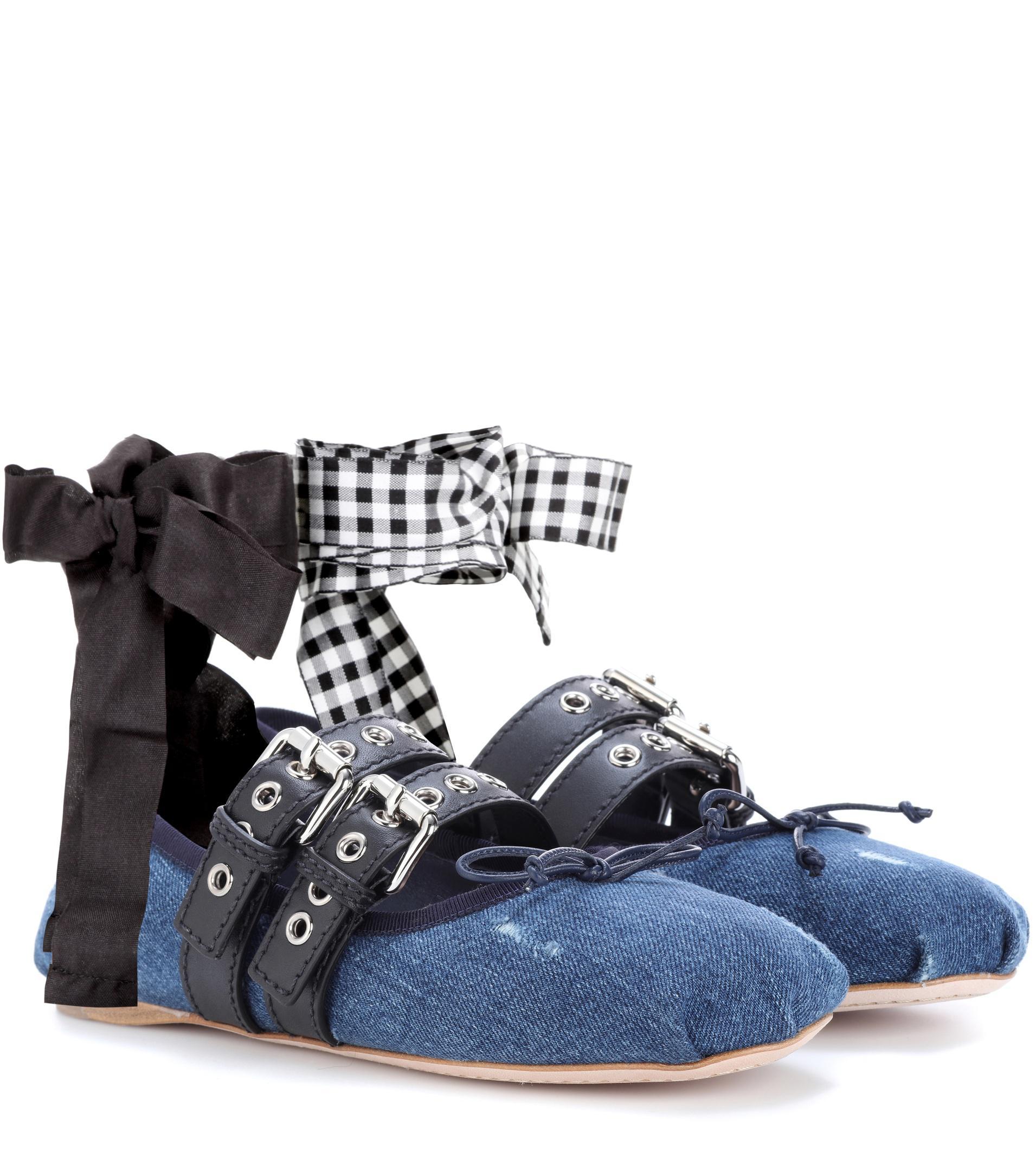 Miu Miu Buckle-embellished denim ballerinas cH9rc0P1Yq