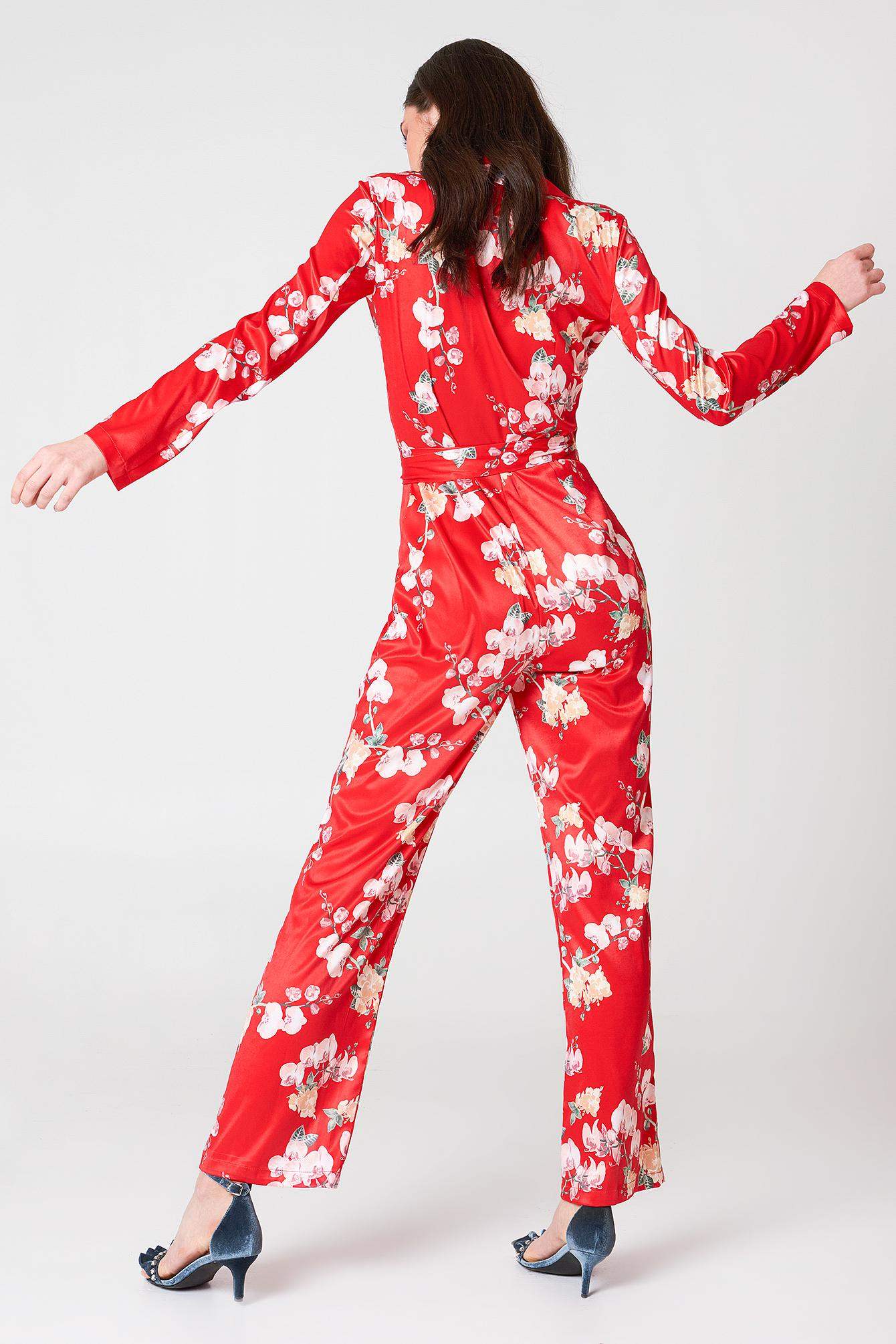 786aba99c1d7 NA-KD Blazer Satin Jumpsuit Red Orchid Print in Red - Lyst
