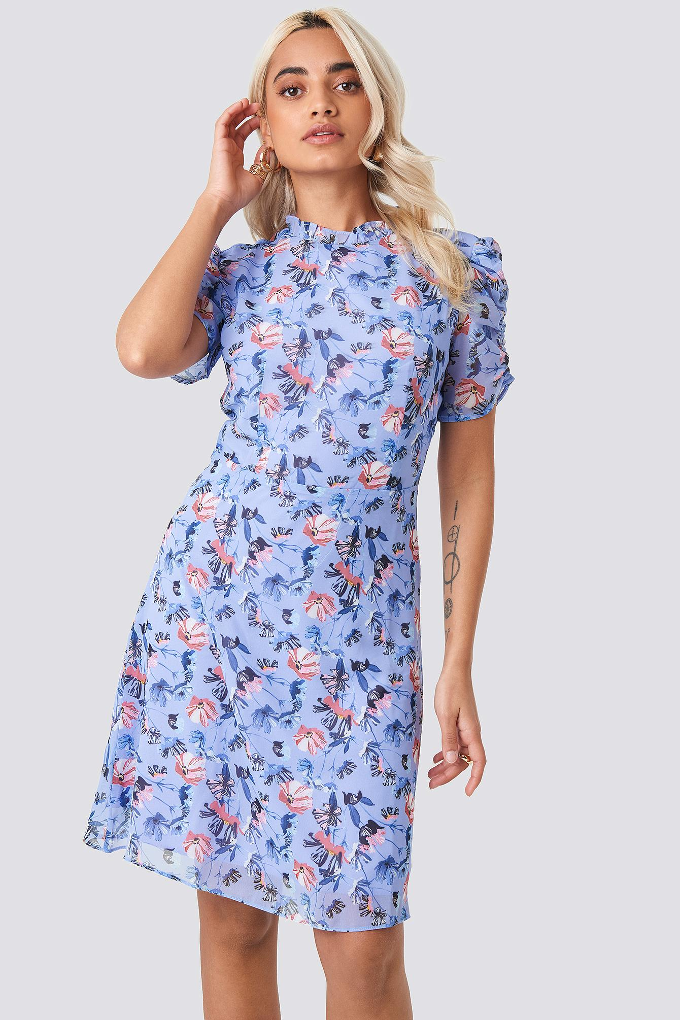 2caad724226 Trendyol Carmen Floral Patterned Dress Multicolor in Blue - Lyst