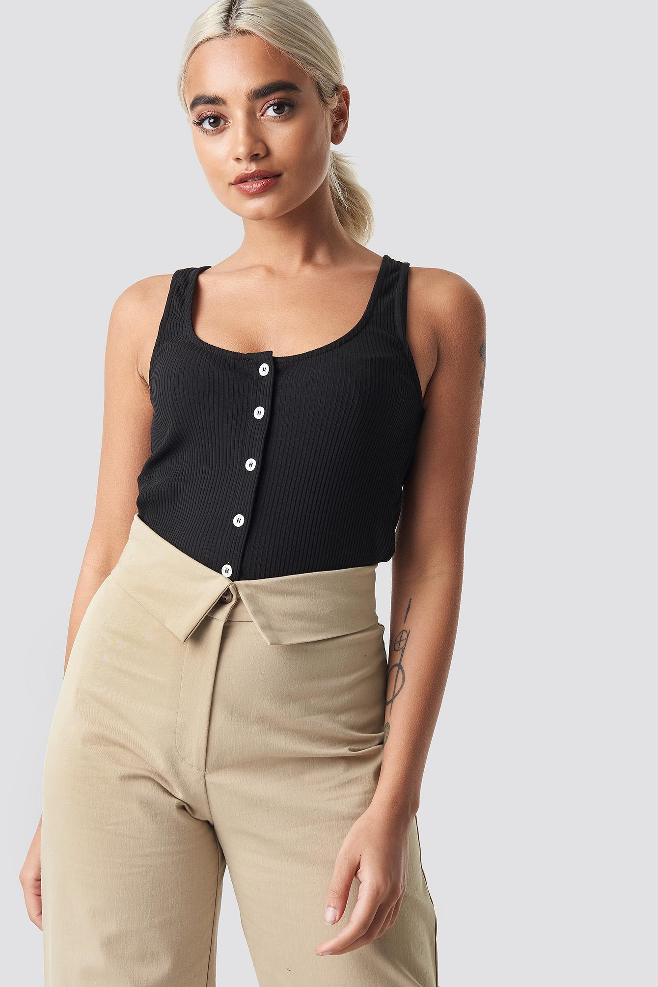 9b7cb9d04c7 Lyst - NA-KD Ribbed Cropped Button Top Black in Black